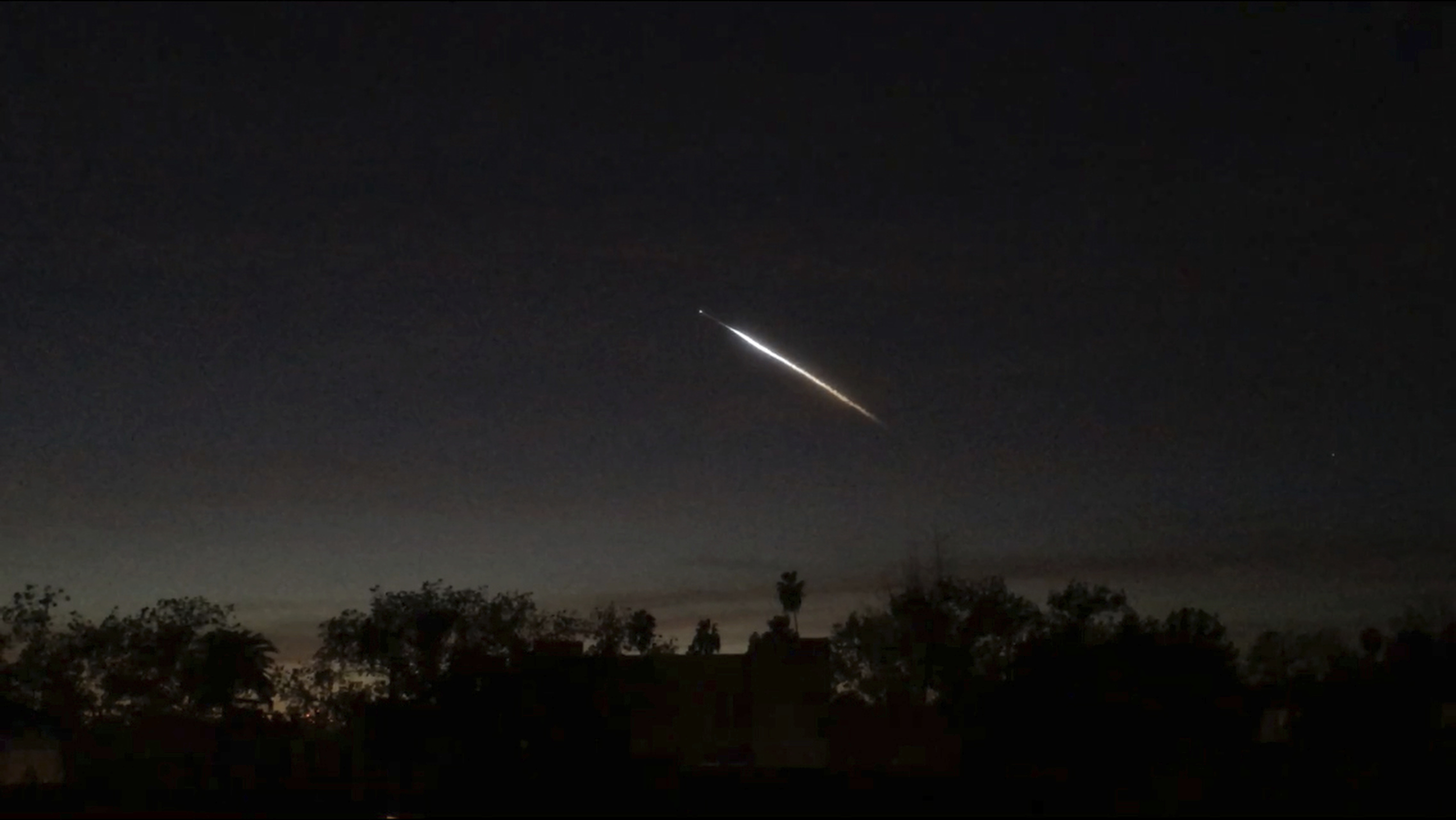 A 'UFO sighting' briefly freaked out the West Coast  There was an