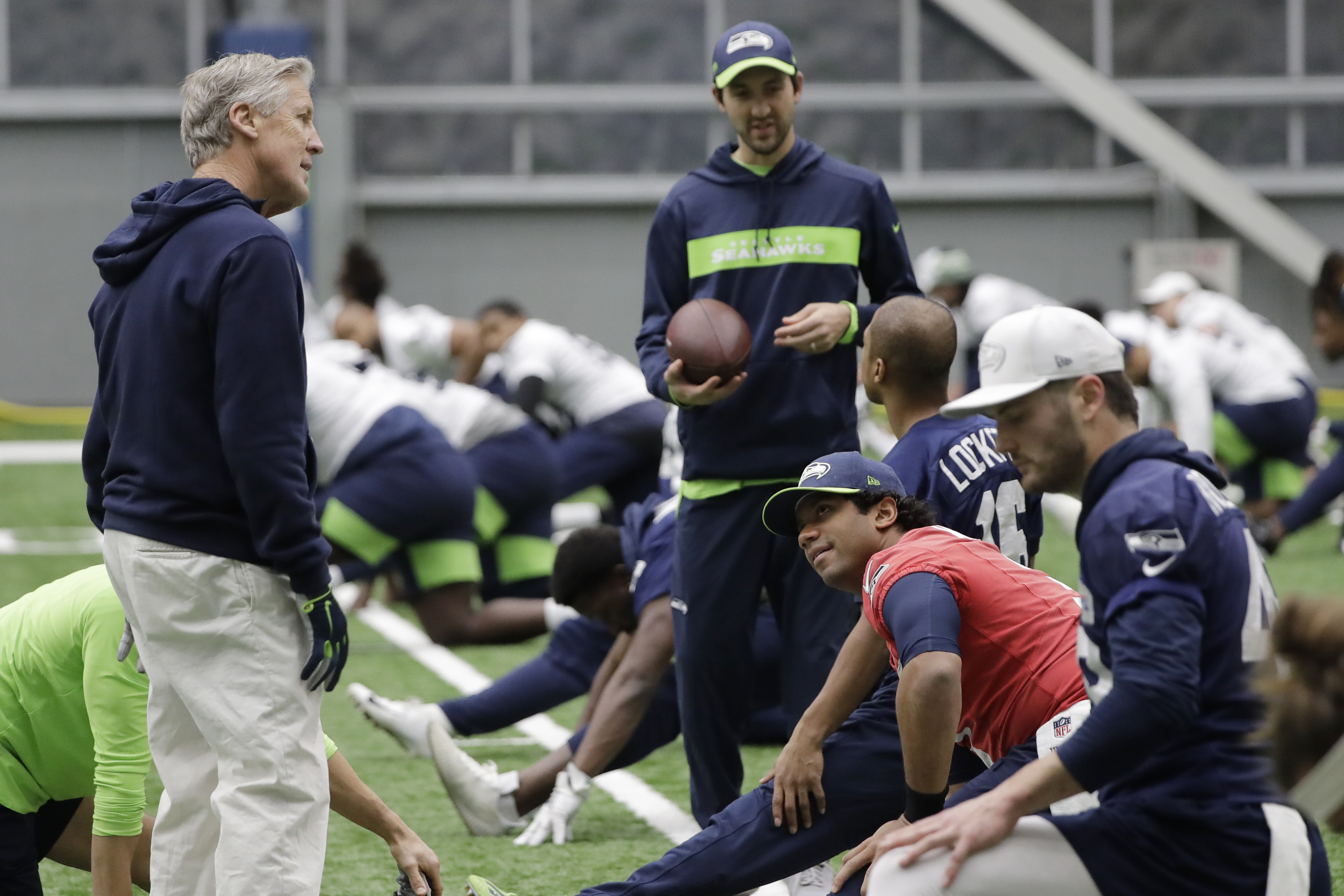 Pete Carroll Gets More Out Of Football Players By Seeing More Than Football Players The Washington Post