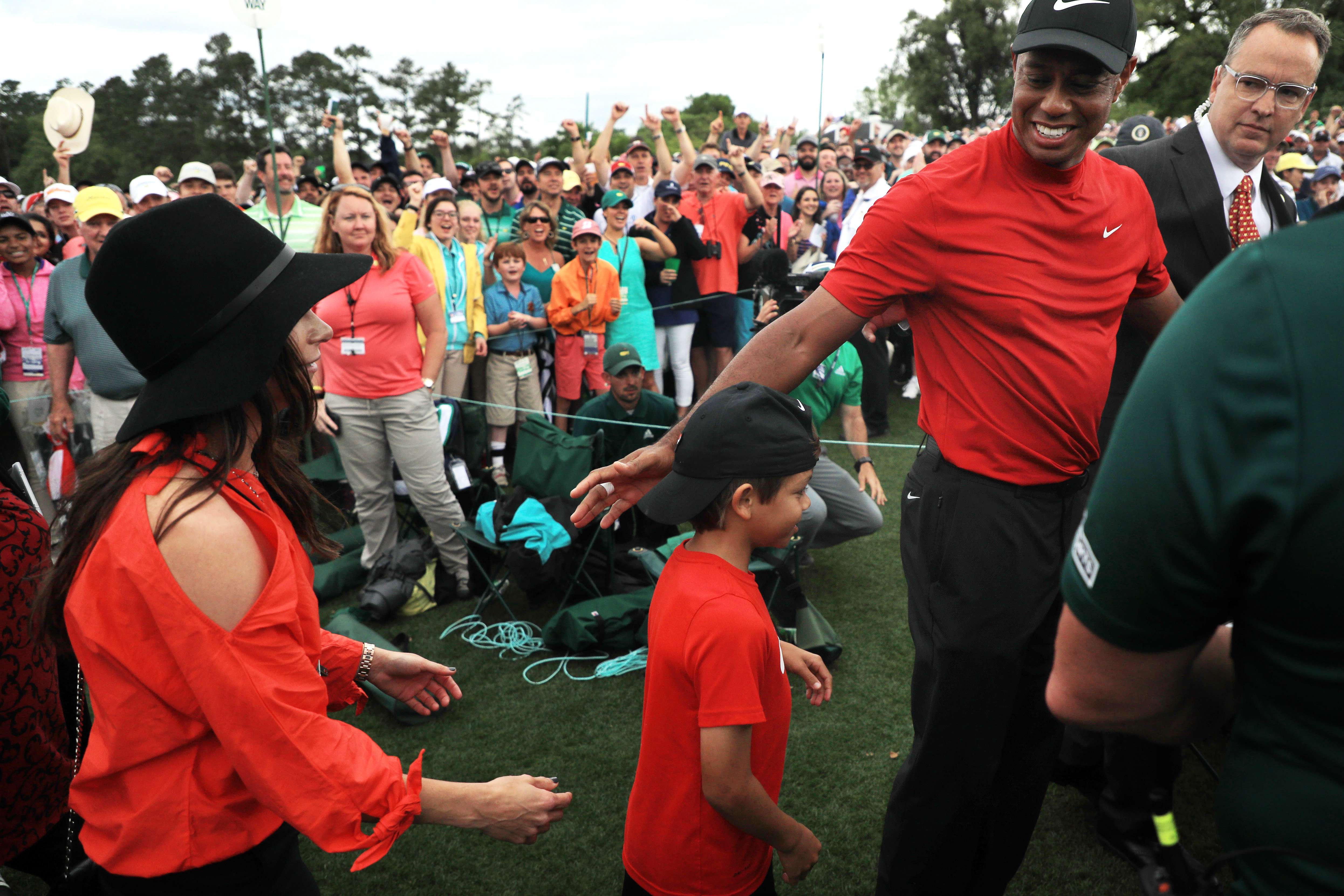 dc64d6e5 Tiger Woods hugged his son Charlie at Masters, where he once hugged his  father, Earl Woods - The Washington Post
