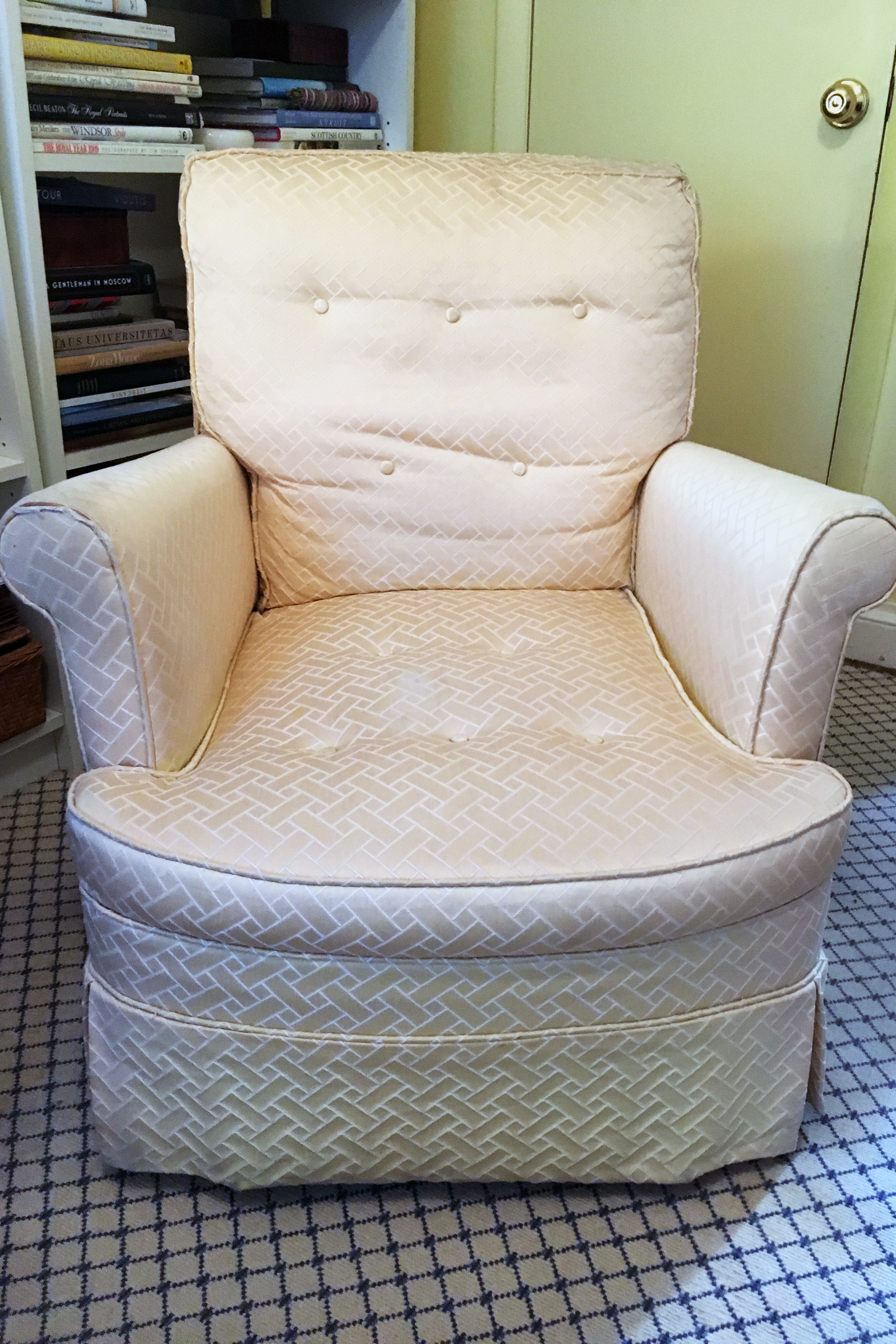 Astonishing Reupholster Or Replace Its Not An Easy Answer The Inzonedesignstudio Interior Chair Design Inzonedesignstudiocom