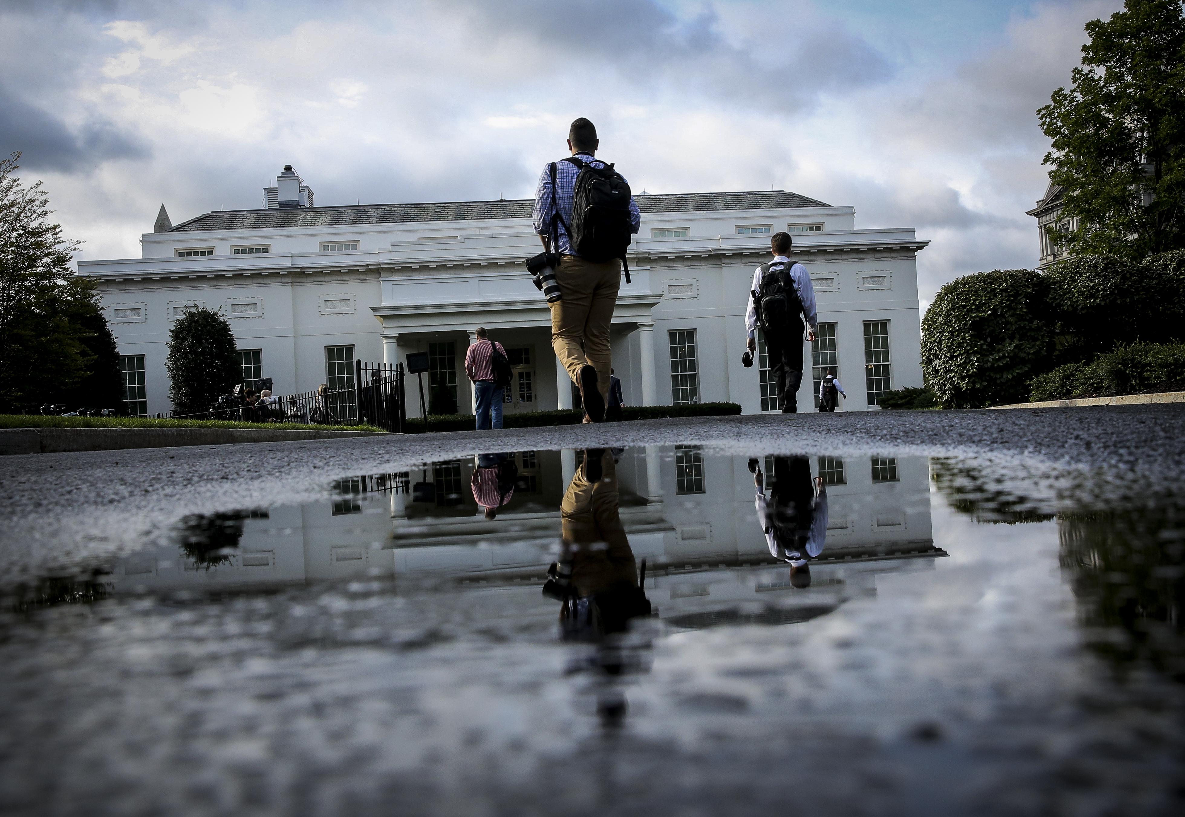 Job posting: White House chief of staff