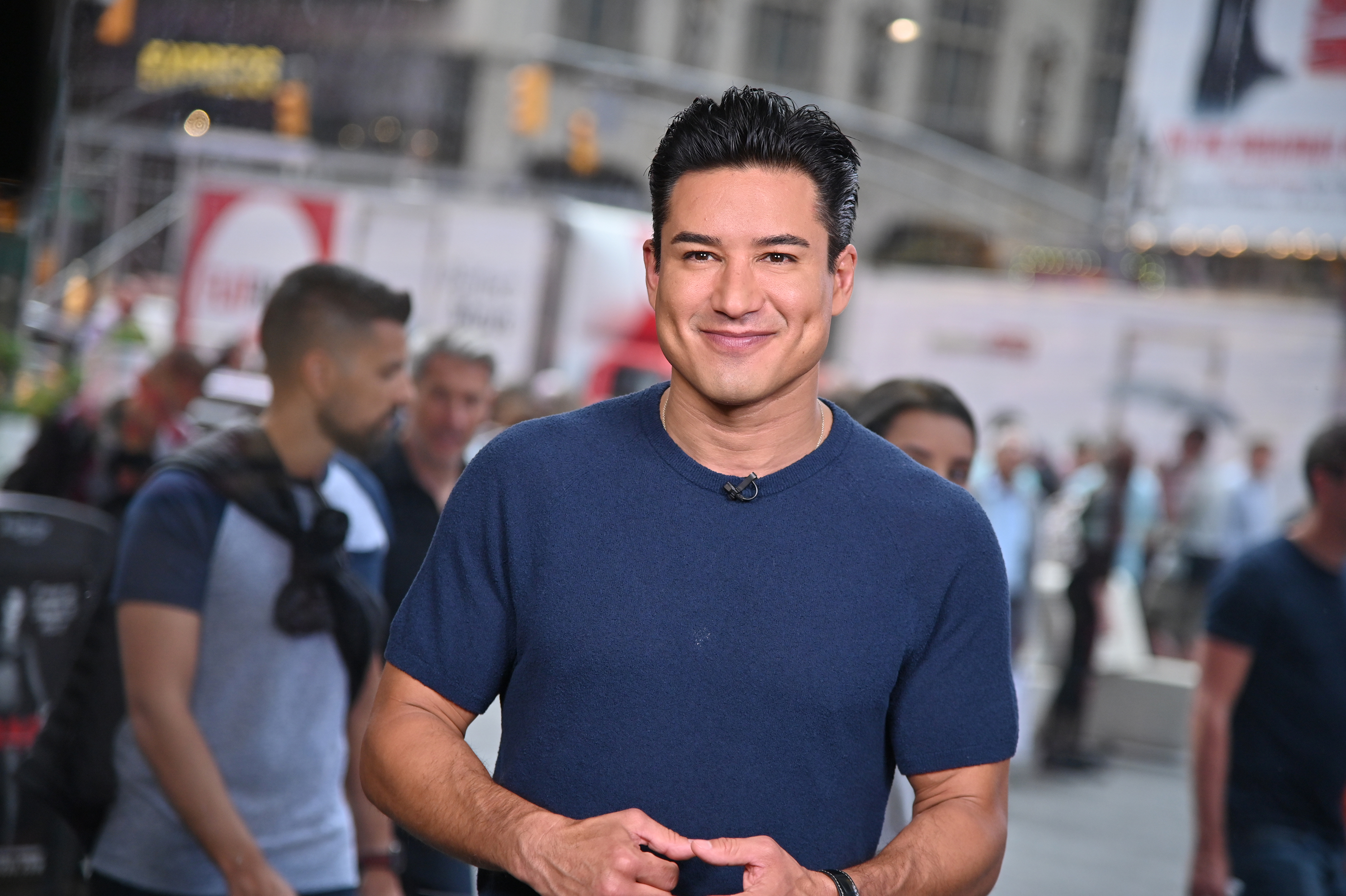 Mario Lopez Criticized For Saying It S Dangerous For Parents To