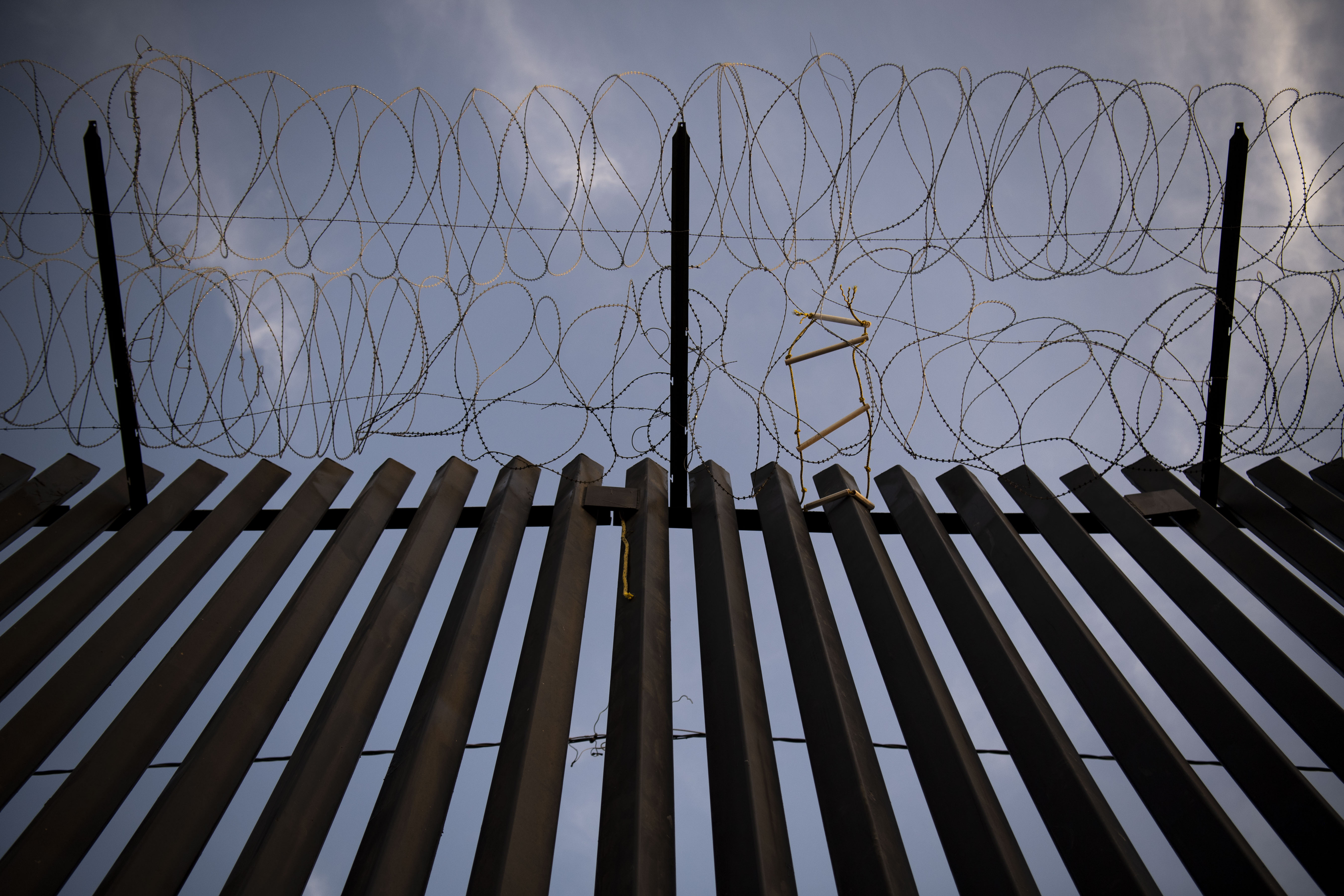 Trump Order To Paint Border Wall Black Could Drive Up Cost 500 Million Or More The Washington Post
