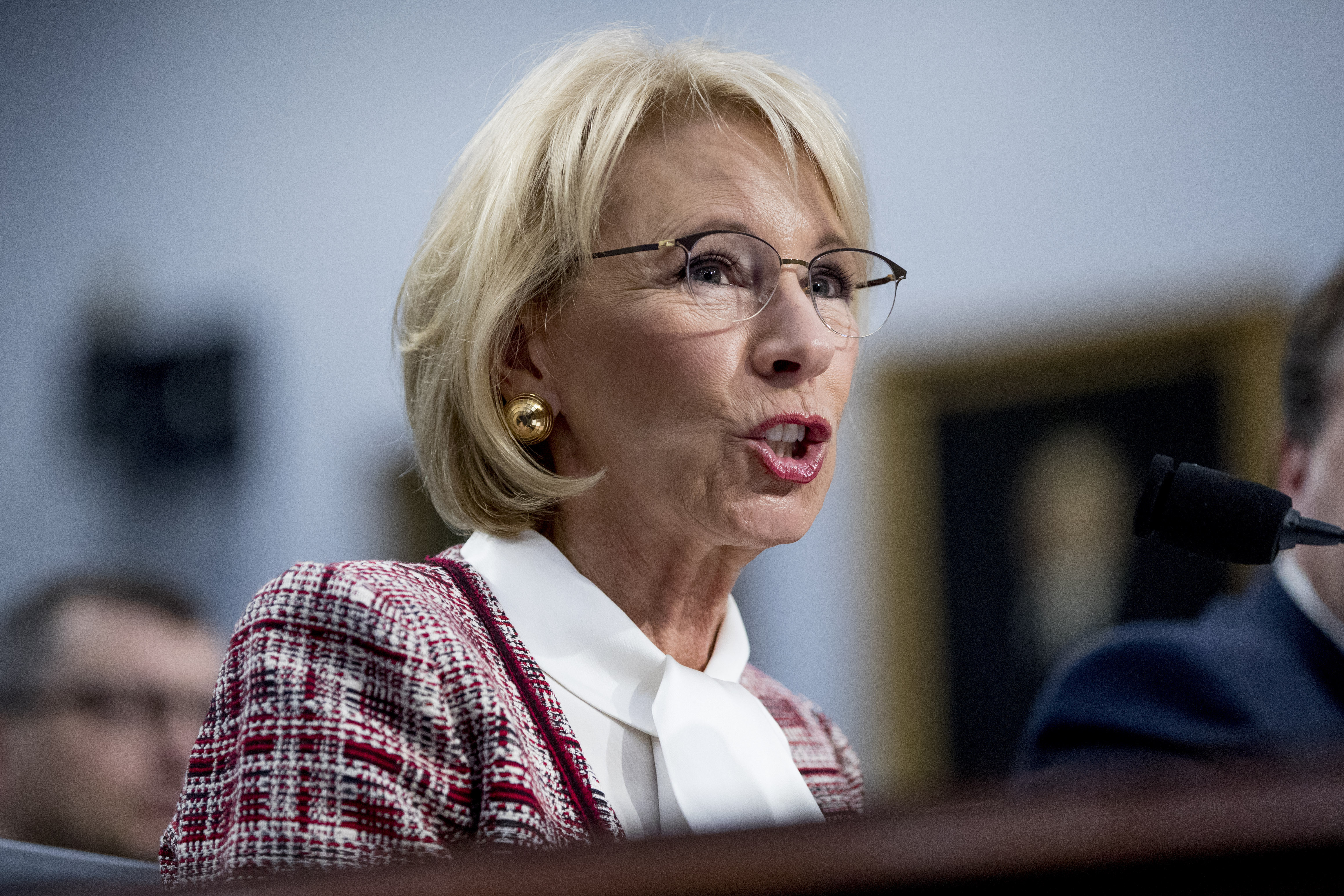 Betsy Devos Deputy Privately Admitted >> Let S Fact Check This Betsy Devos Tweet About Trump S 5 Billion