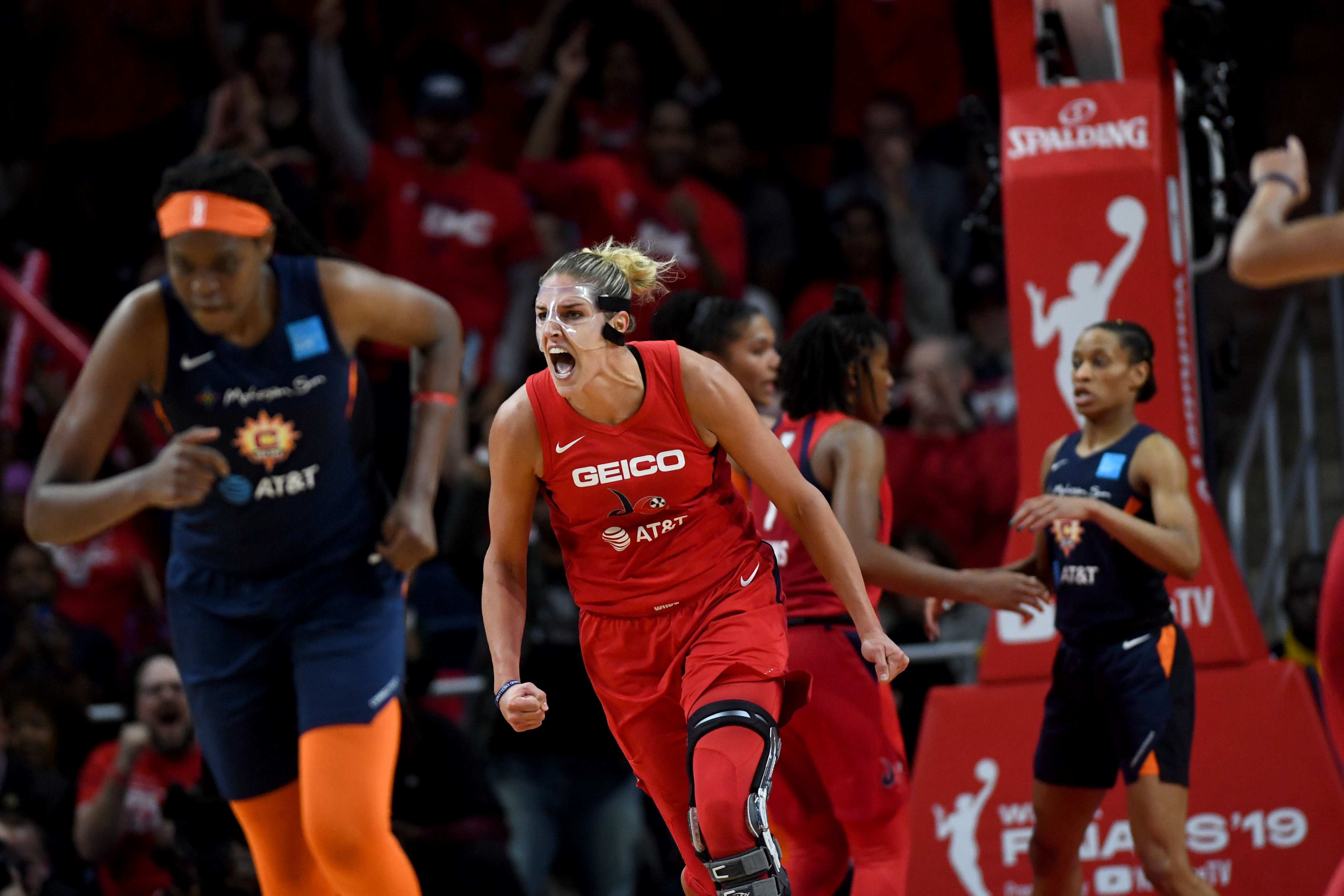 Elena Delle Donne S New Nike Ad Is A Tribute To Her Sister Lizzie The Washington Post