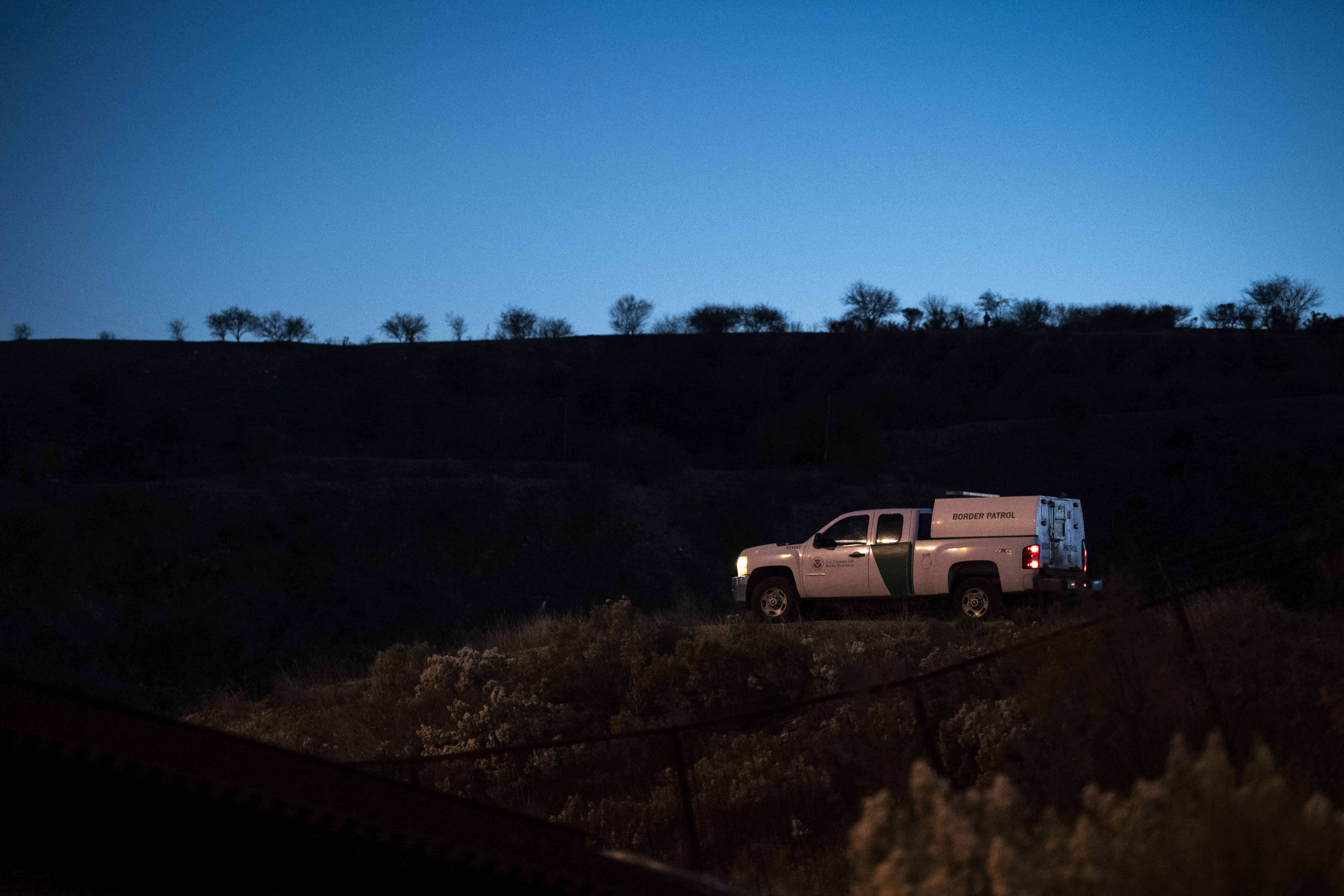 Border Patrol agent Matthew Bowen admits to hitting a migrant with his truck on purpose - The Washington Post