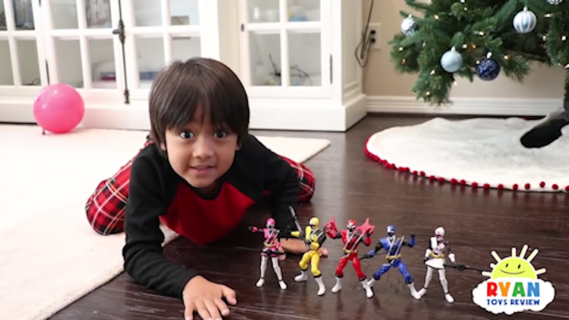 This 6-year-old makes $11 million a year reviewing toys on YouTube