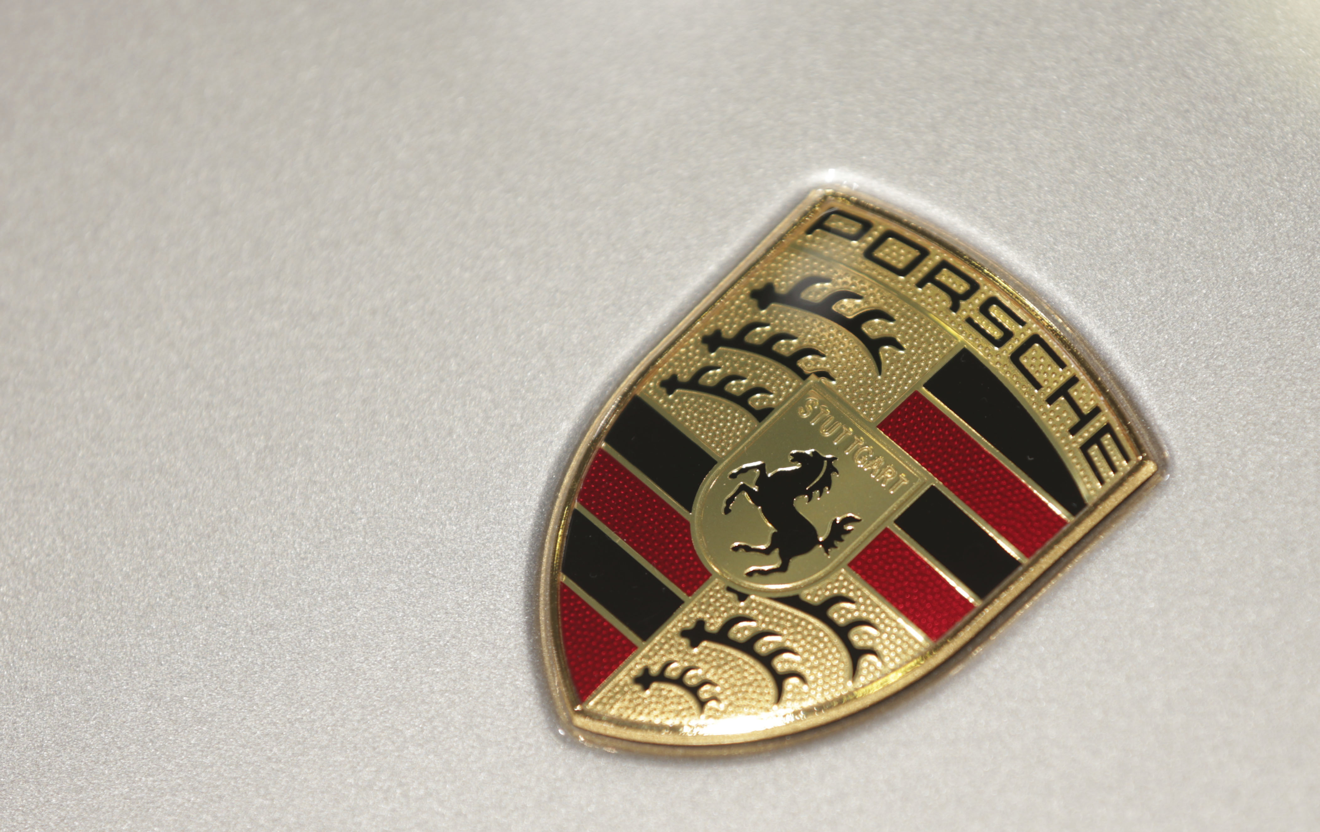 German Prosecutors Probe Porsche Employees Over Diesel Cars