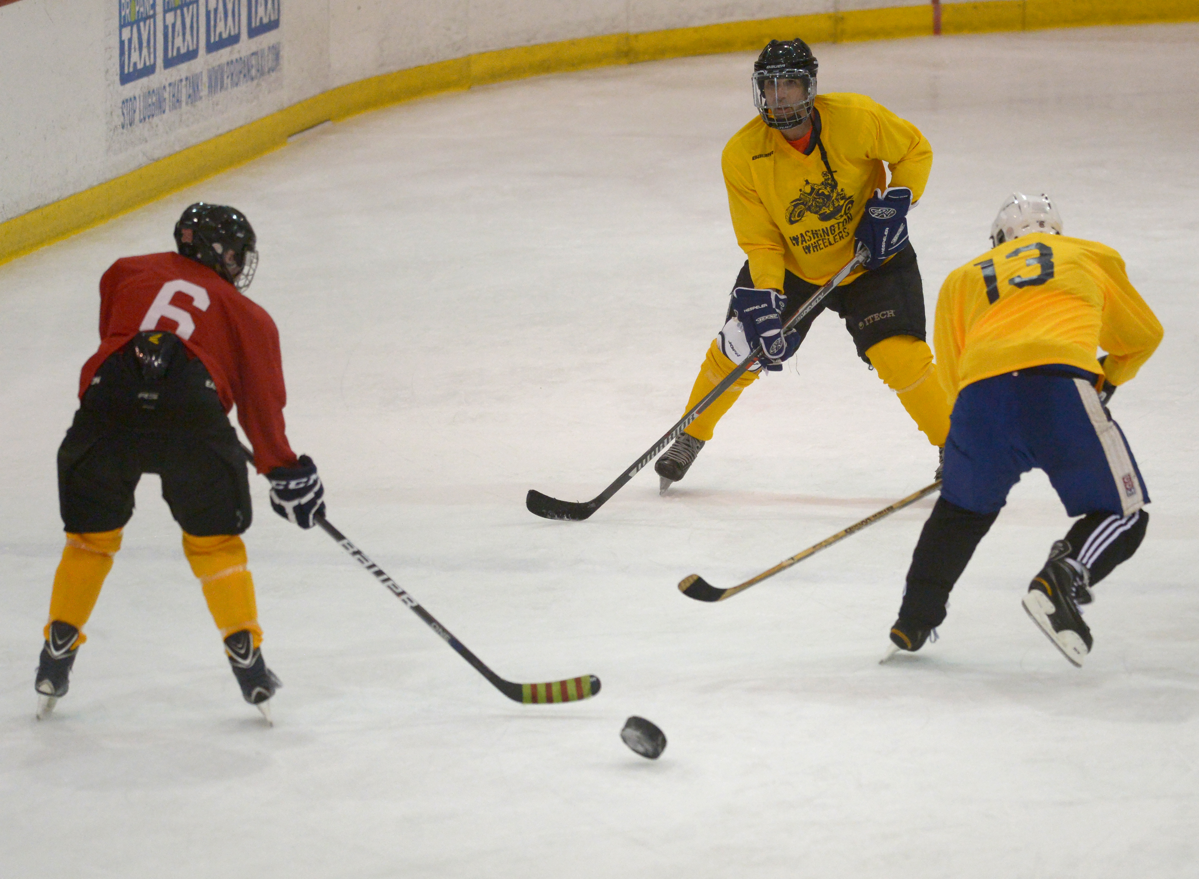 ae6386d8c They can't see, but blind hockey players can pass, shoot and score - The  Washington Post