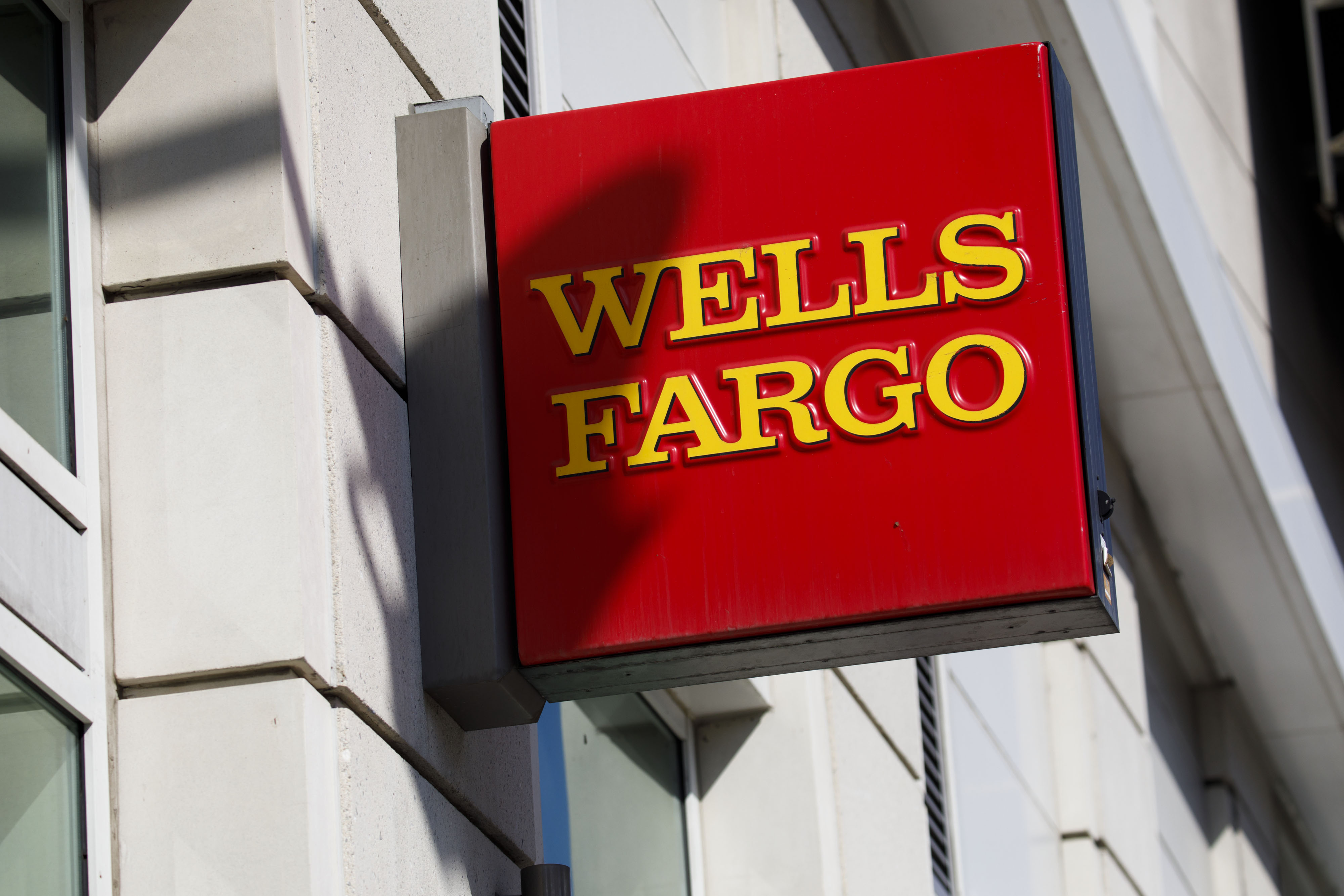 Wells Fargo fined $1 billion for 'reckless unsafe or unsound