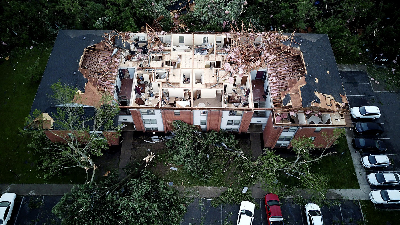 Dayton Ohio tornadoes destroyed buildings, left thousands