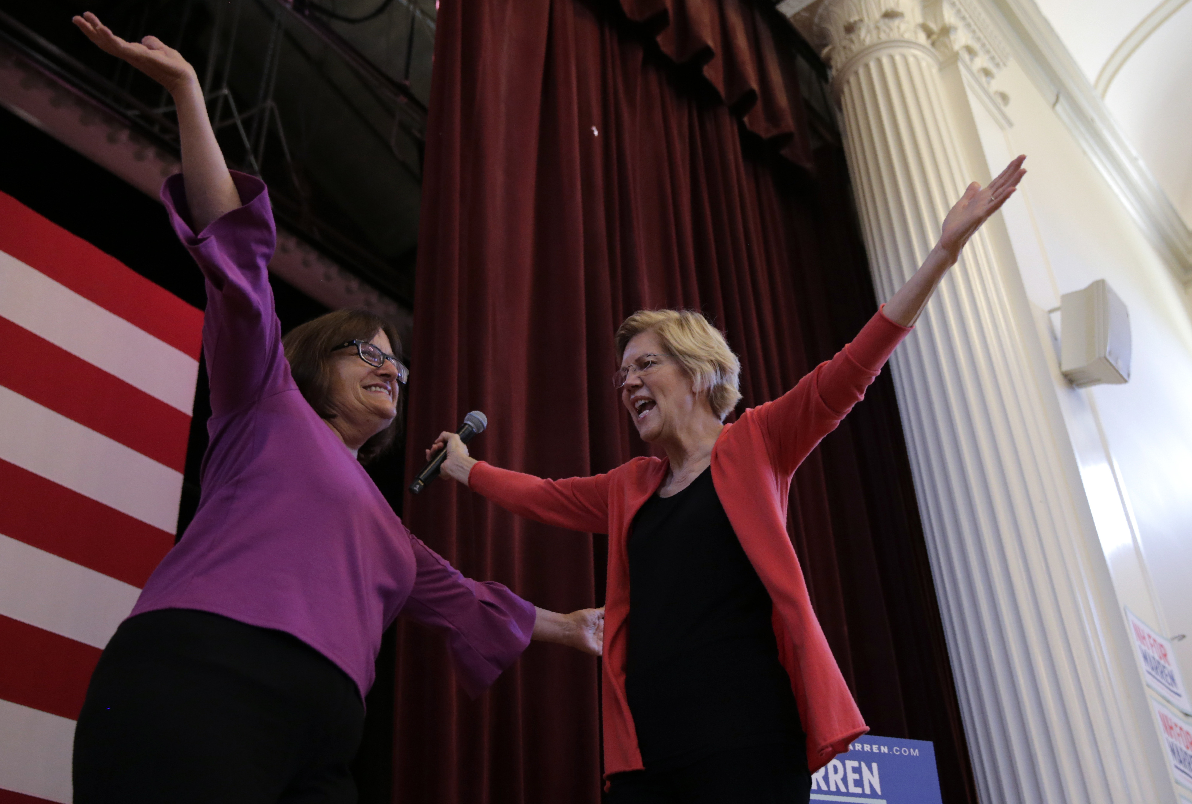 New polling shows how much sexism is hurting the Democratic women running for president.  - The Washington Post