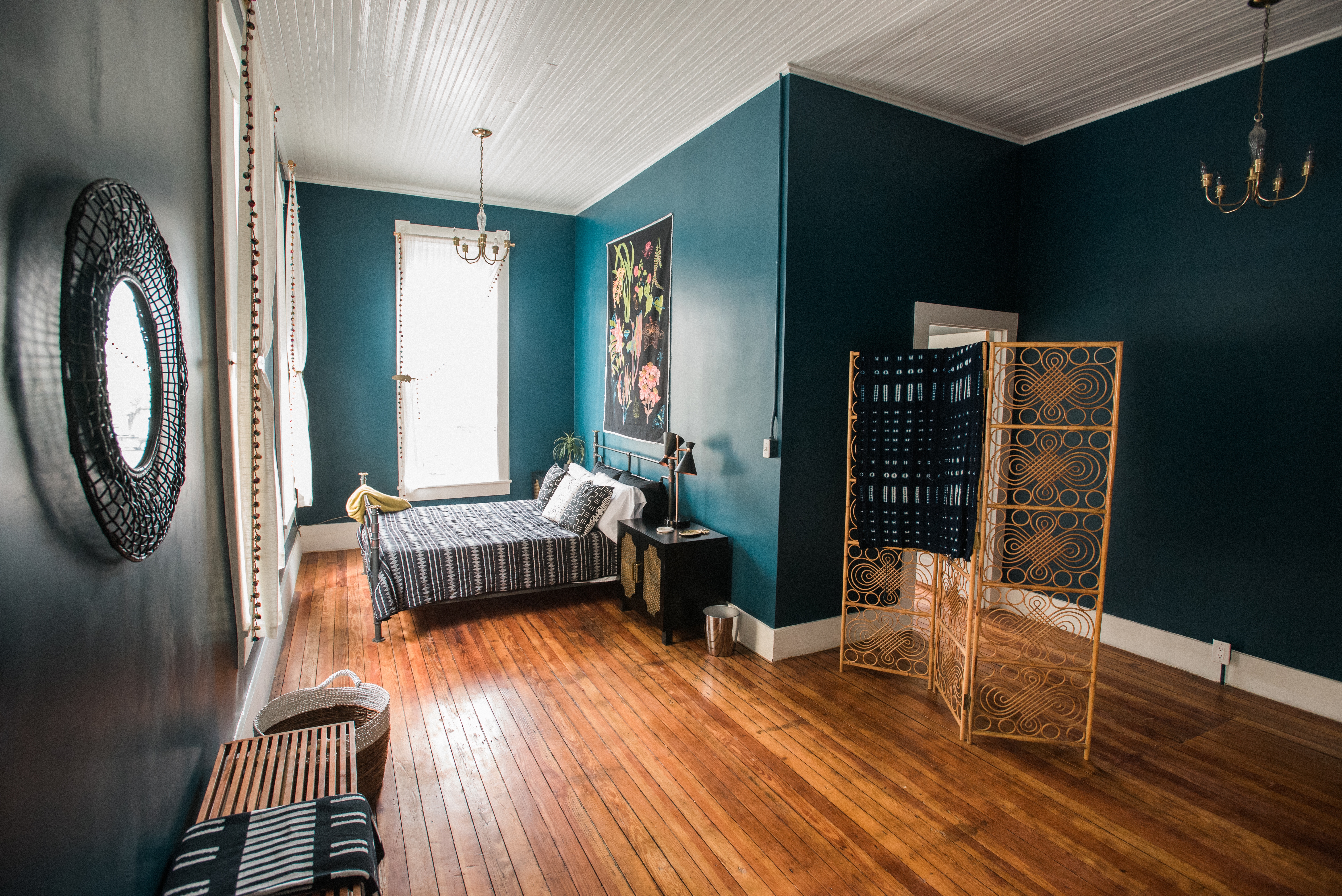 How To Set Up And Decorate Your Airbnb The Washington Post