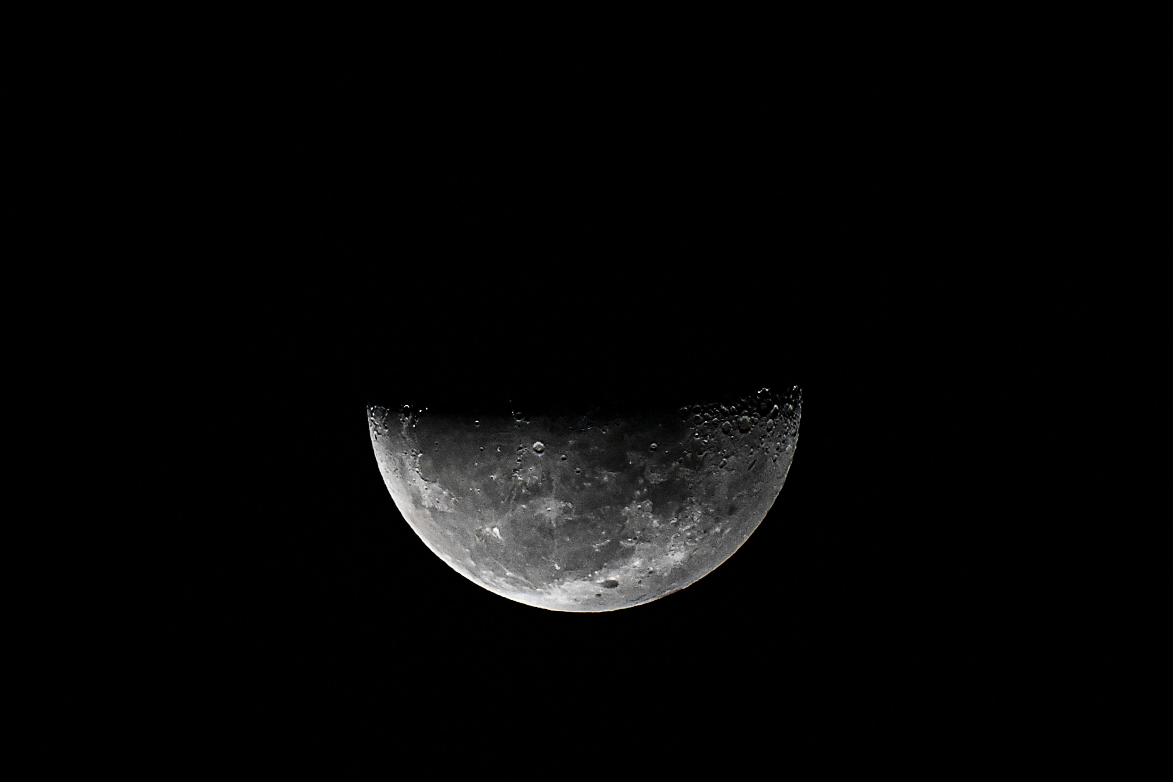 Pair of studies confirm there is water on the moon