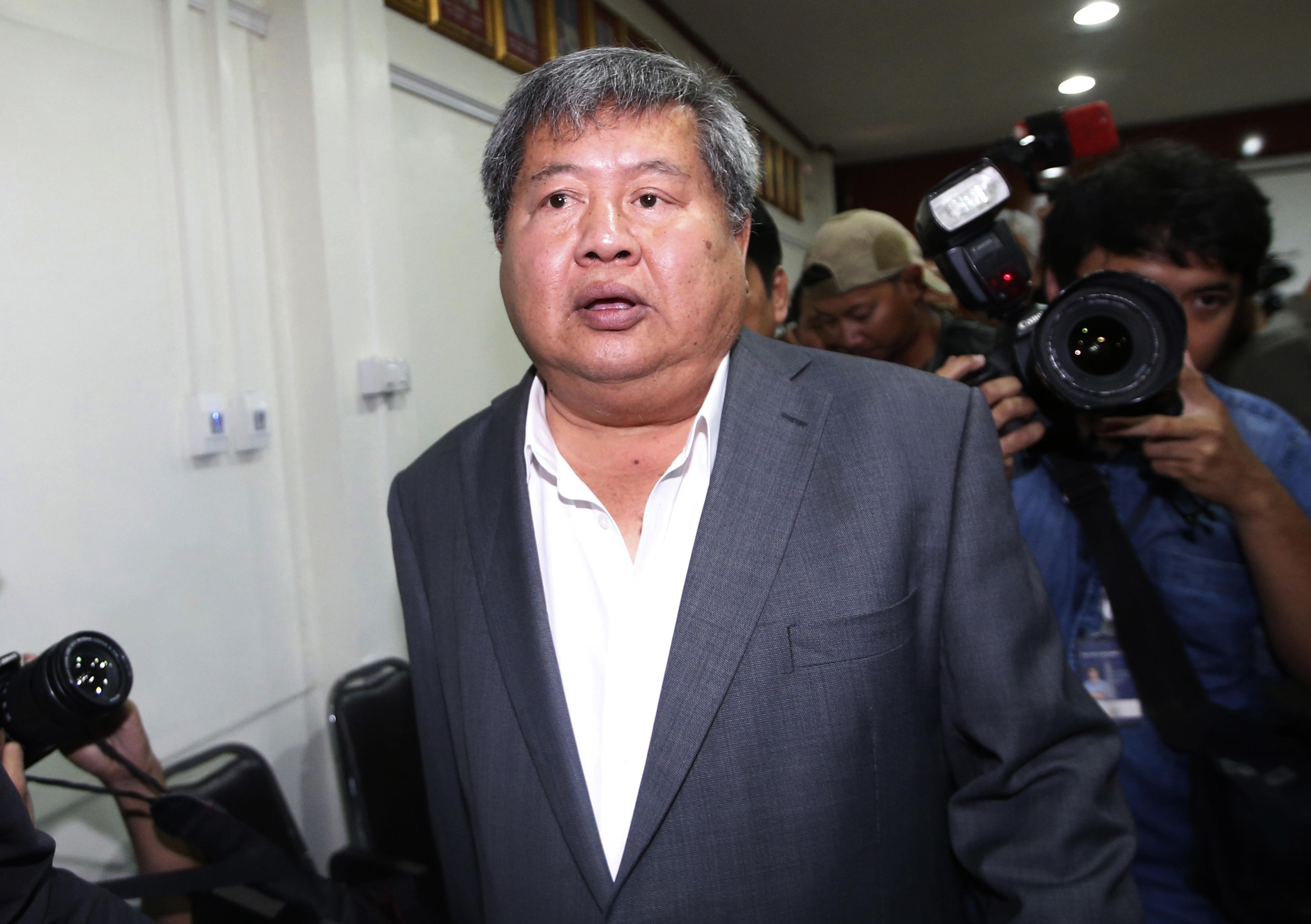 Thai billionaire appears in court as poaching trial begins