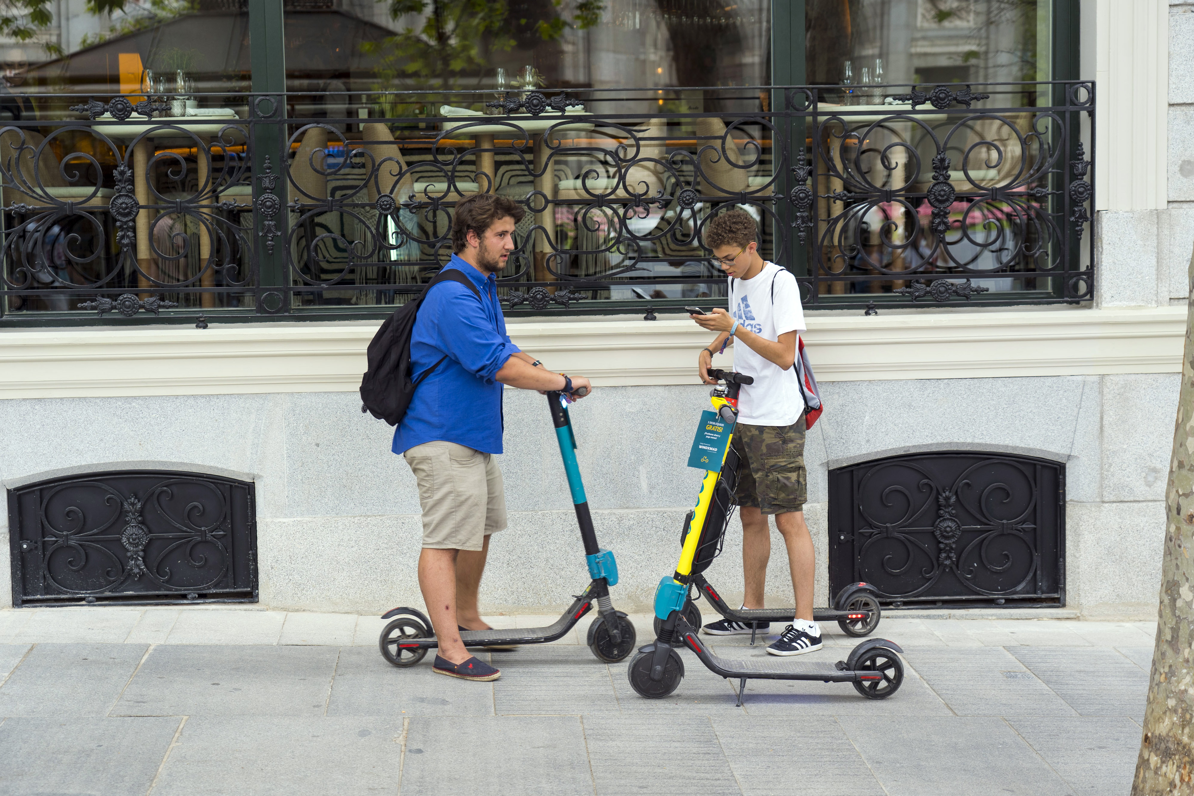 After death of YouTube star, Amazon will push for e-scooter