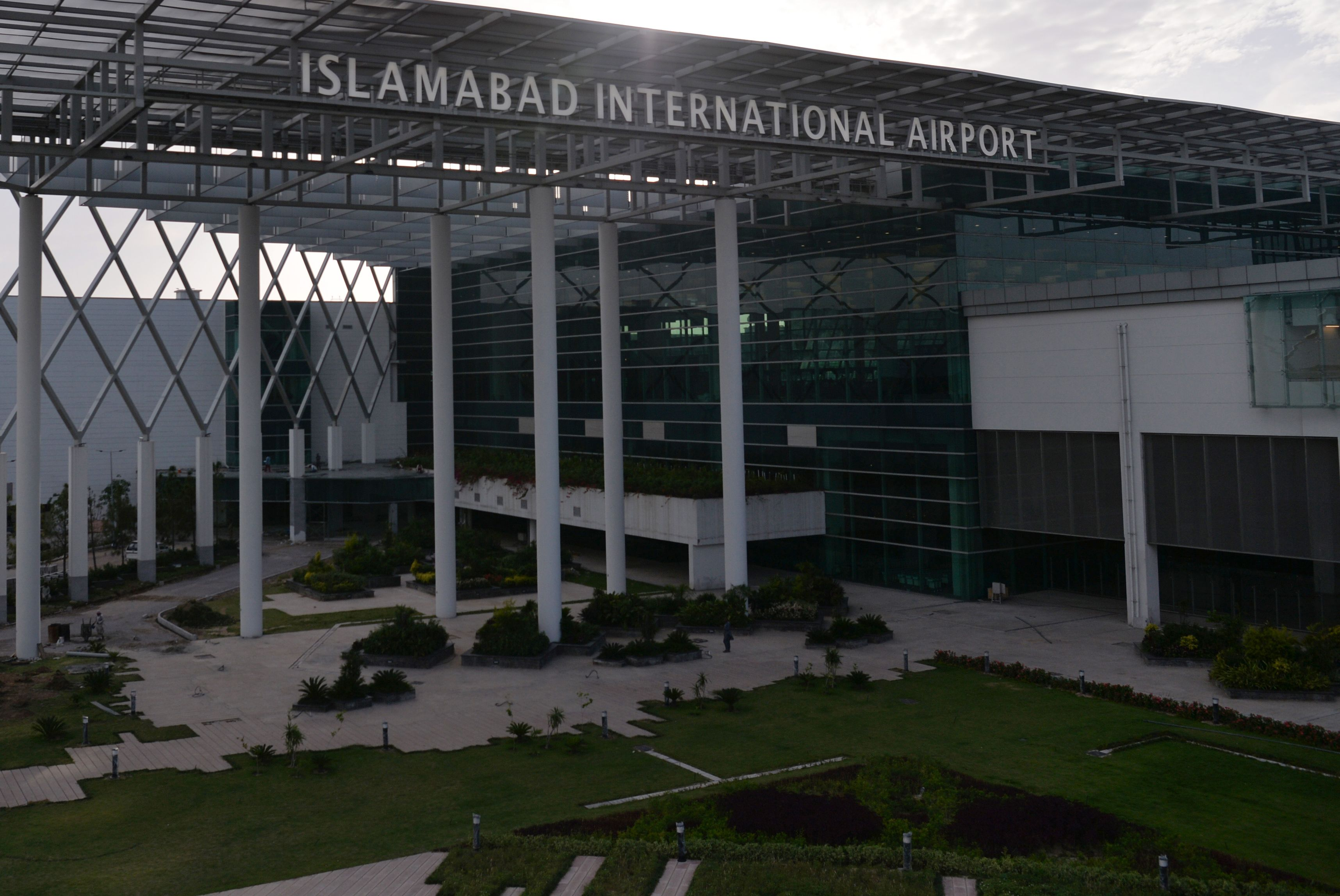 In glistening new airport, Pakistan sees ticket to reviving