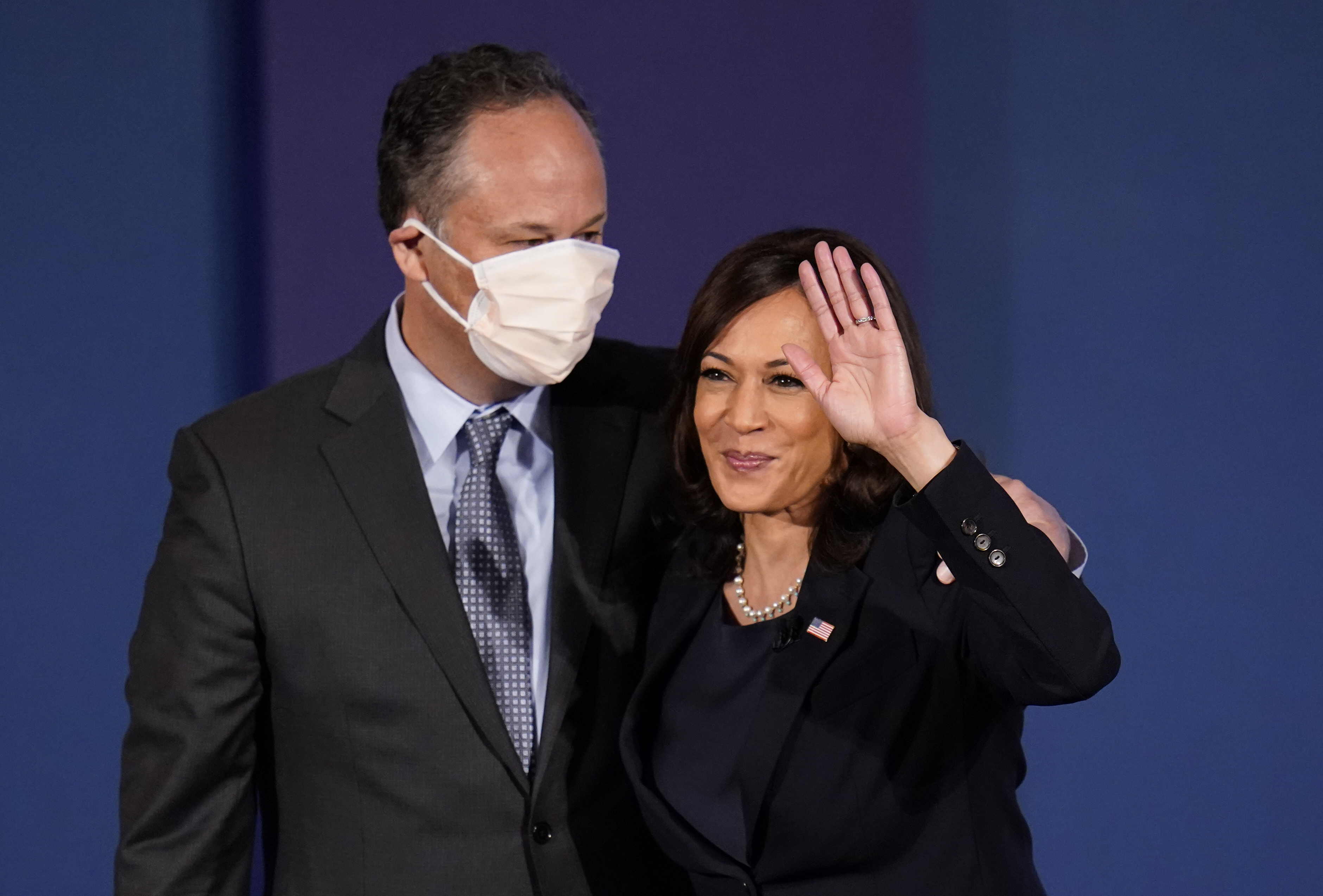 Doug Emhoff Paused His Career For His Wife Kamala Harris S Aspirations And Became The Campaign S Secret Weapon The Washington Post