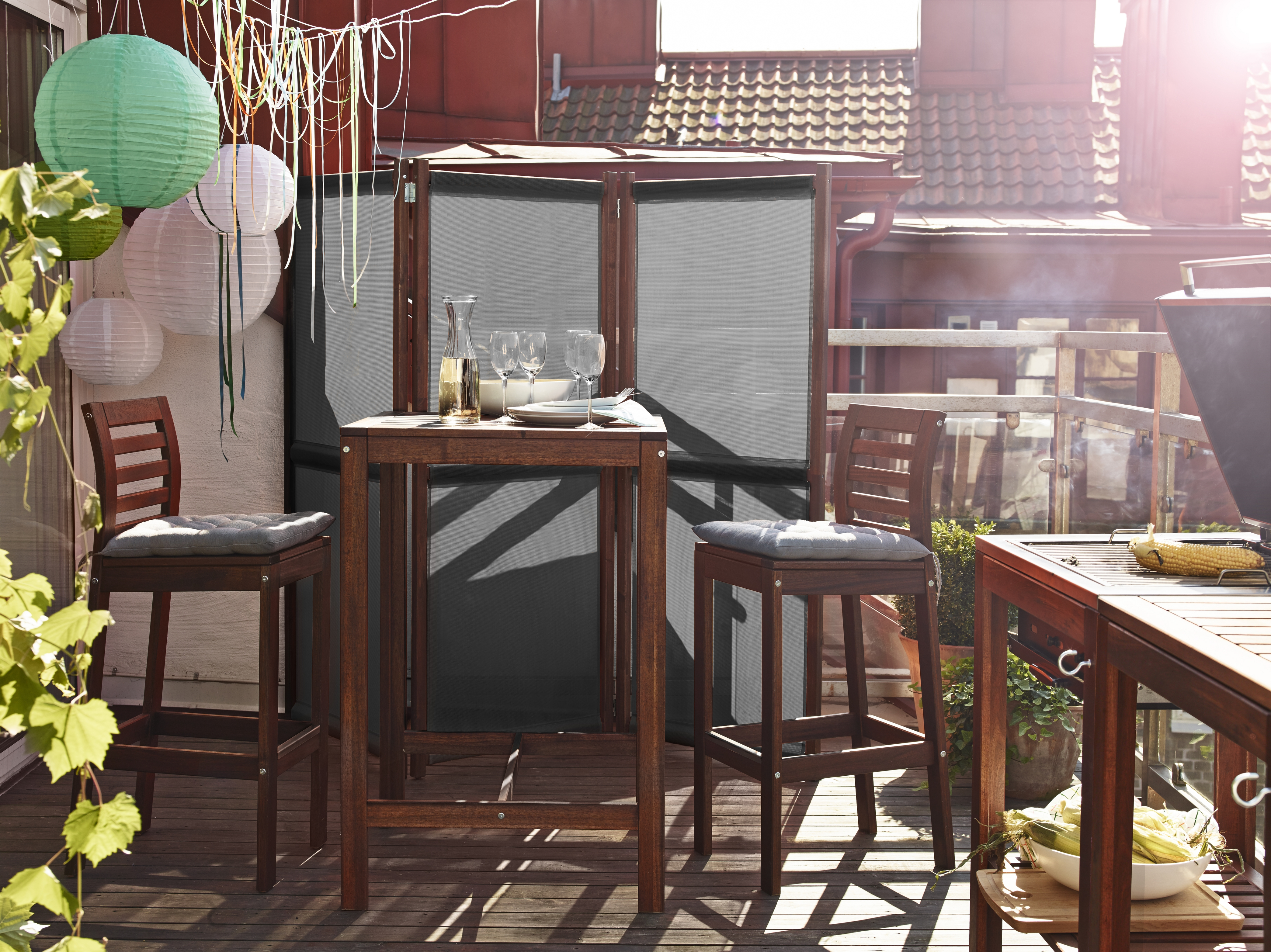 Expert advice for making the most out of a small balcony ...