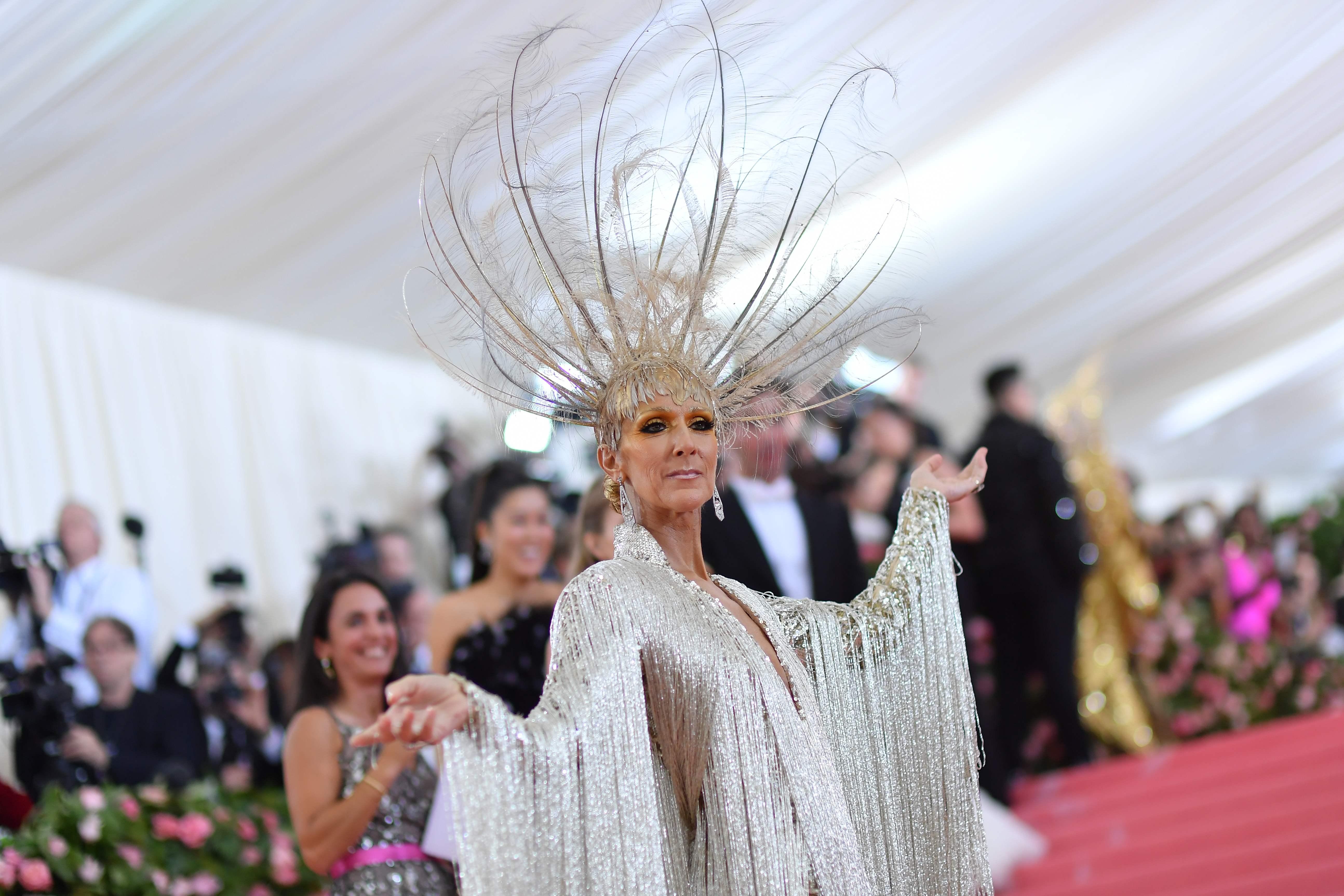 Celine Dion wearing Oscar de la Renta.