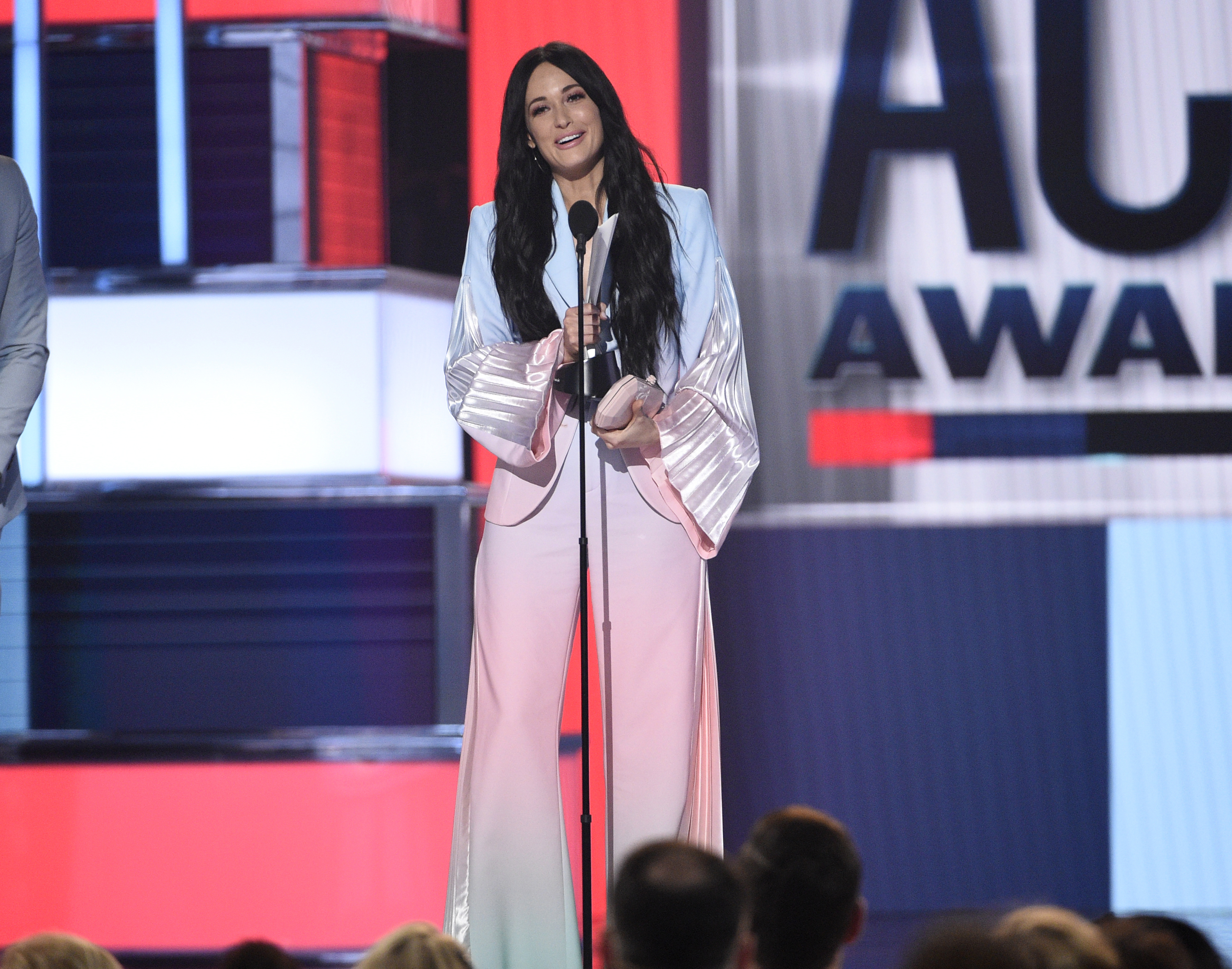 Kacey Musgraves accepts the award for female artist of the year at the 2019 Academy of Country Music Awards in Las Vegas. (Chris Pizzello/Chris Pizzello/Invision/AP)