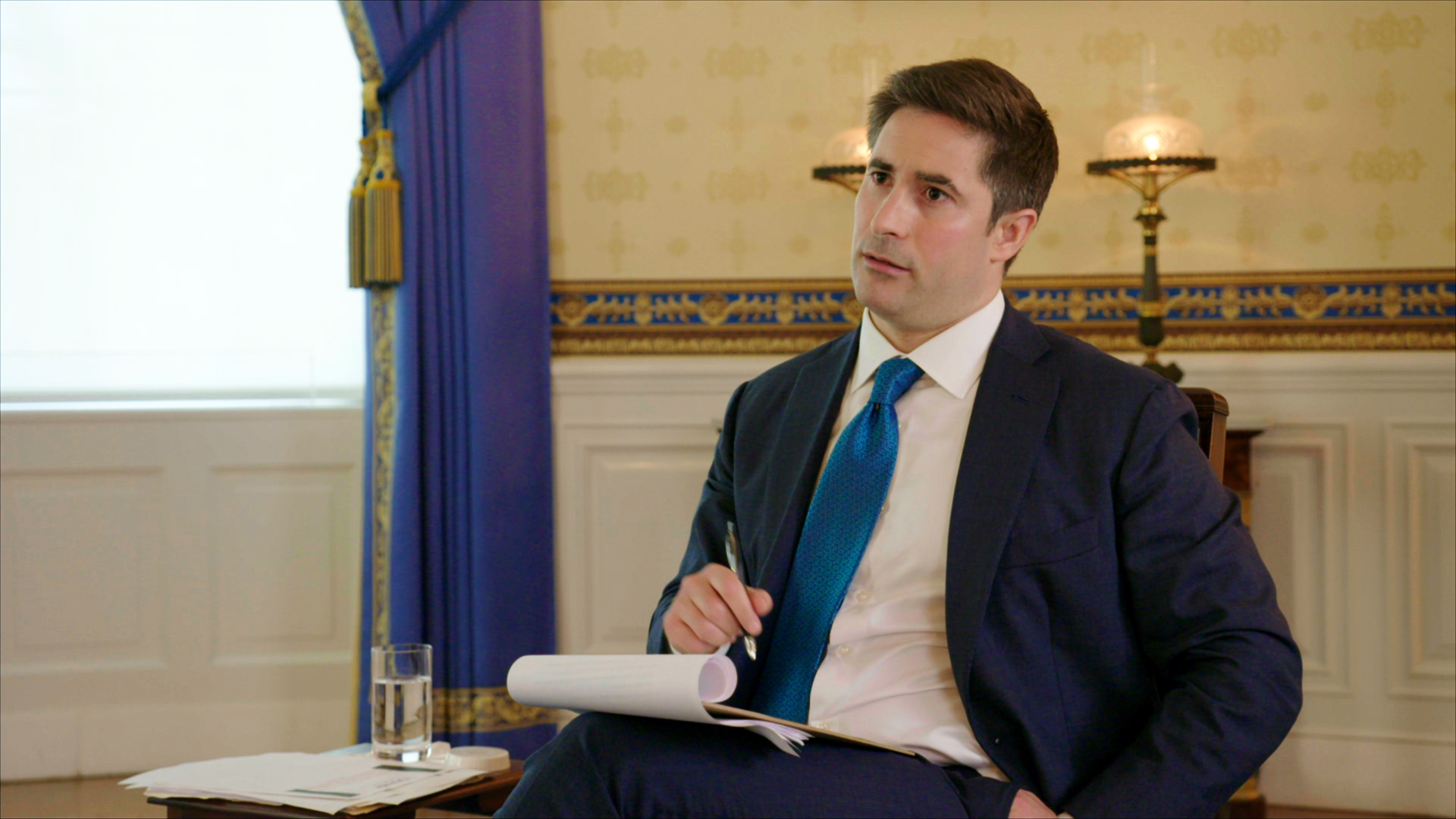 Axios Reporter Jonathan Swan Receives Praise For His New President Trump Interview The Washington Post