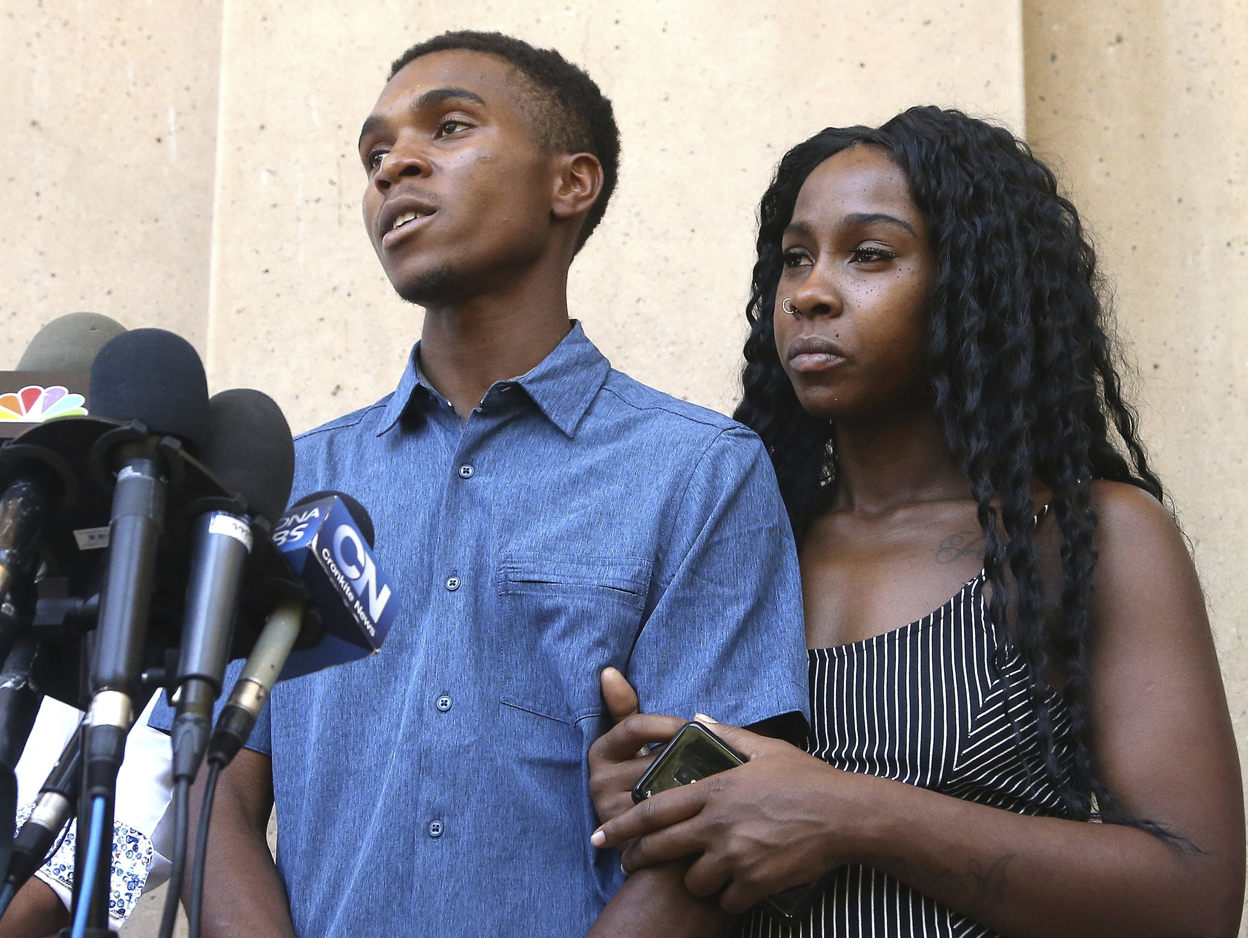 Phoenix family who had guns pulled on them wants police officers fired, not a 'half-apology'