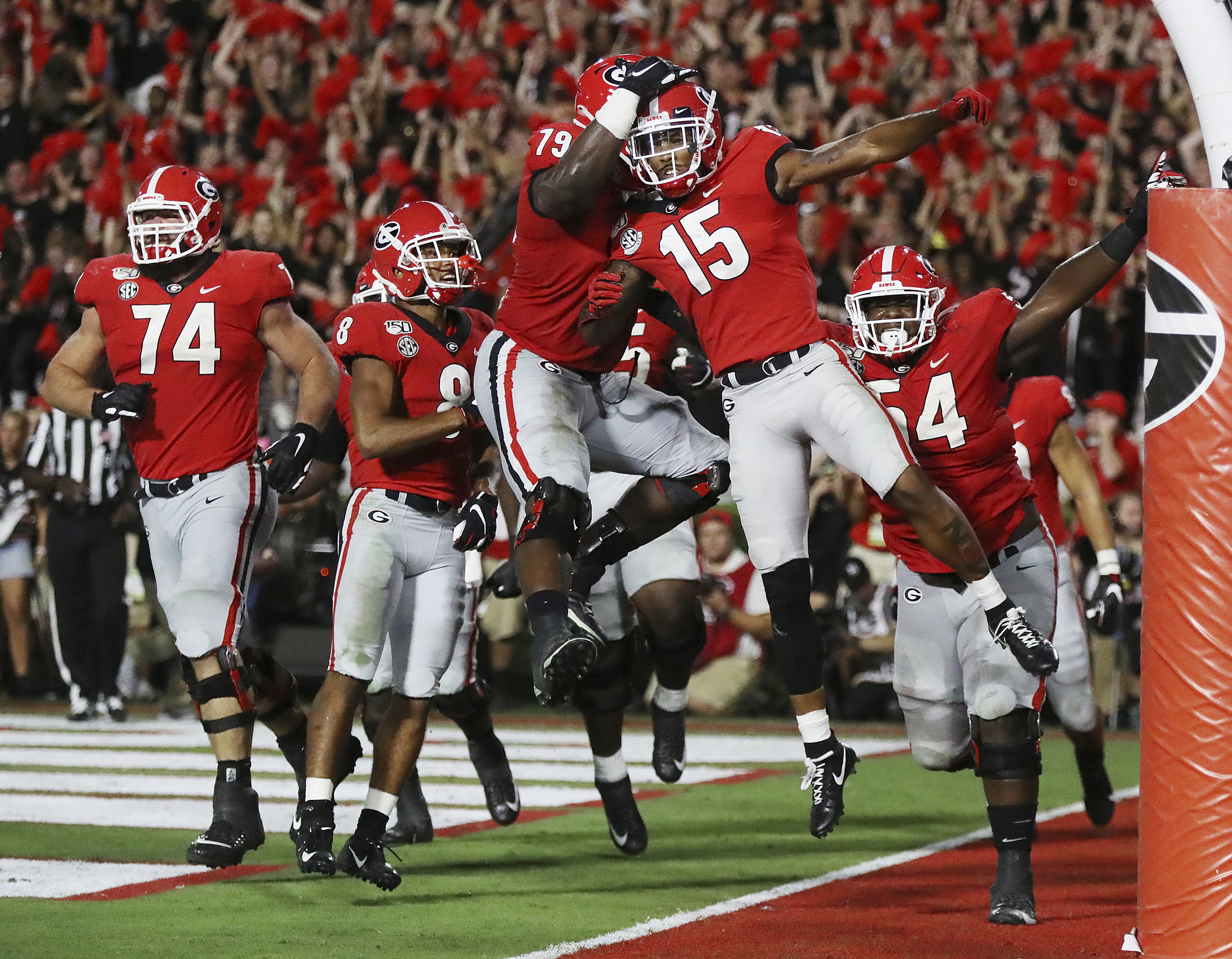 Georgia holds on to beat Notre Dame, 23-17 - The ...