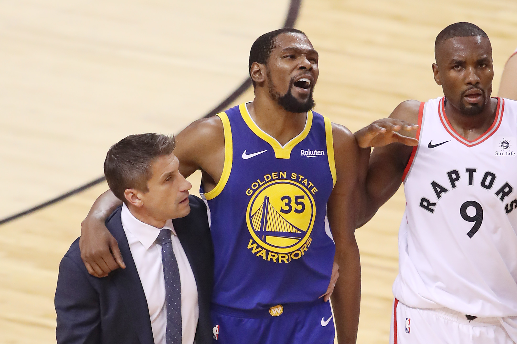 Warriors Survive Game 5 And Kevin Durant S Achilles Injury The Washington Post
