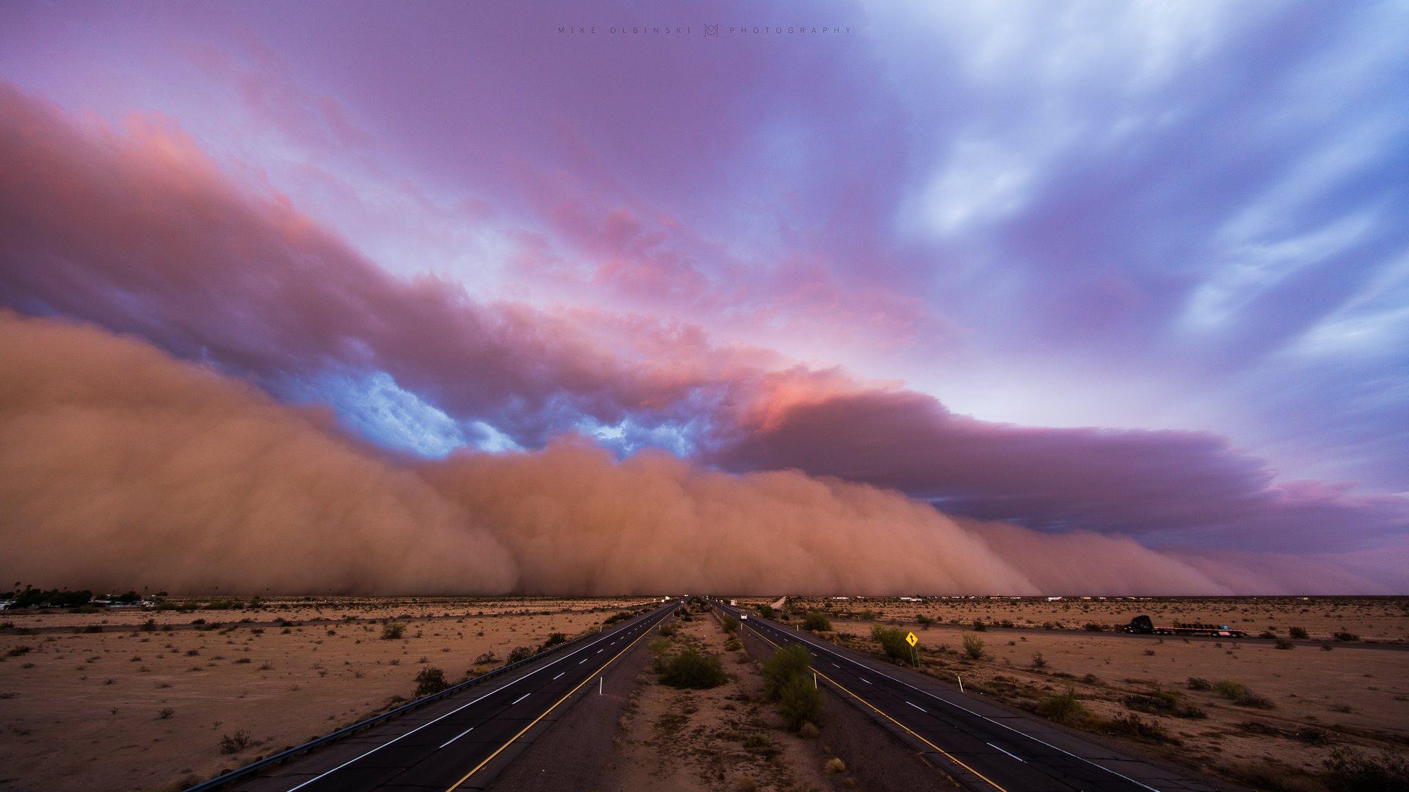 Watch a 'haboob' sweep through Arizona