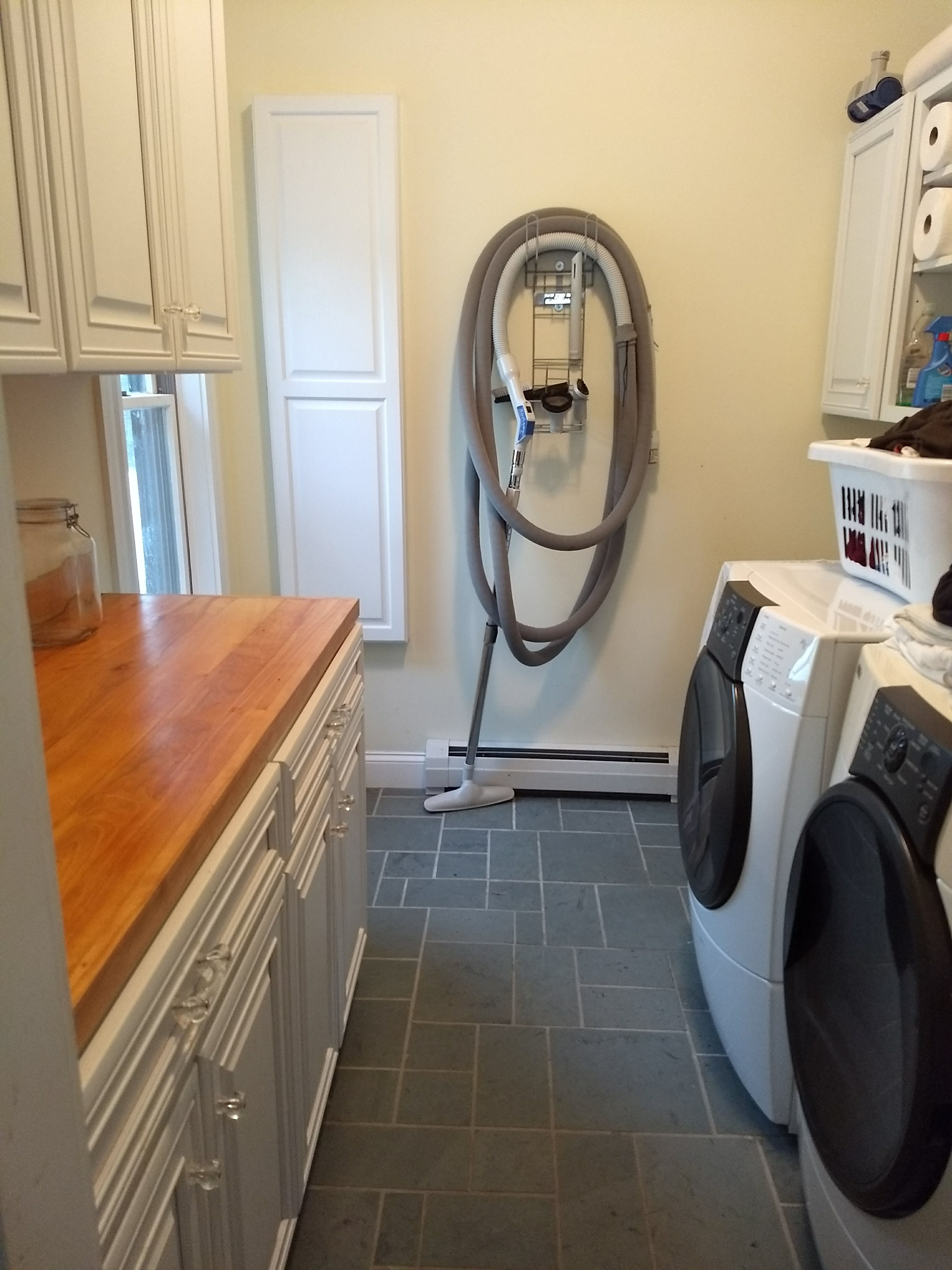 What to think about before building a home laundry room - The