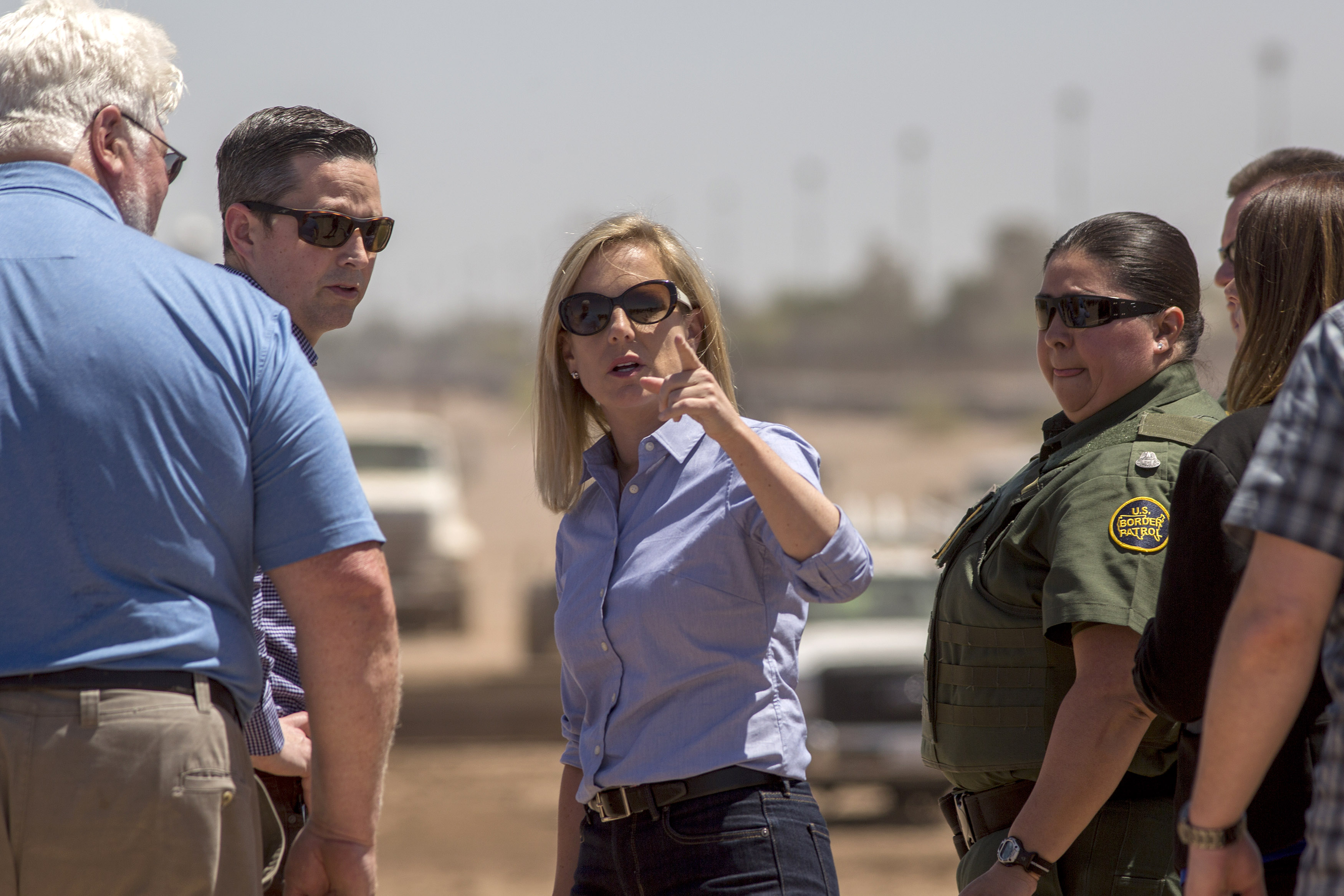 Top Homeland Security officials urge criminal prosecution of