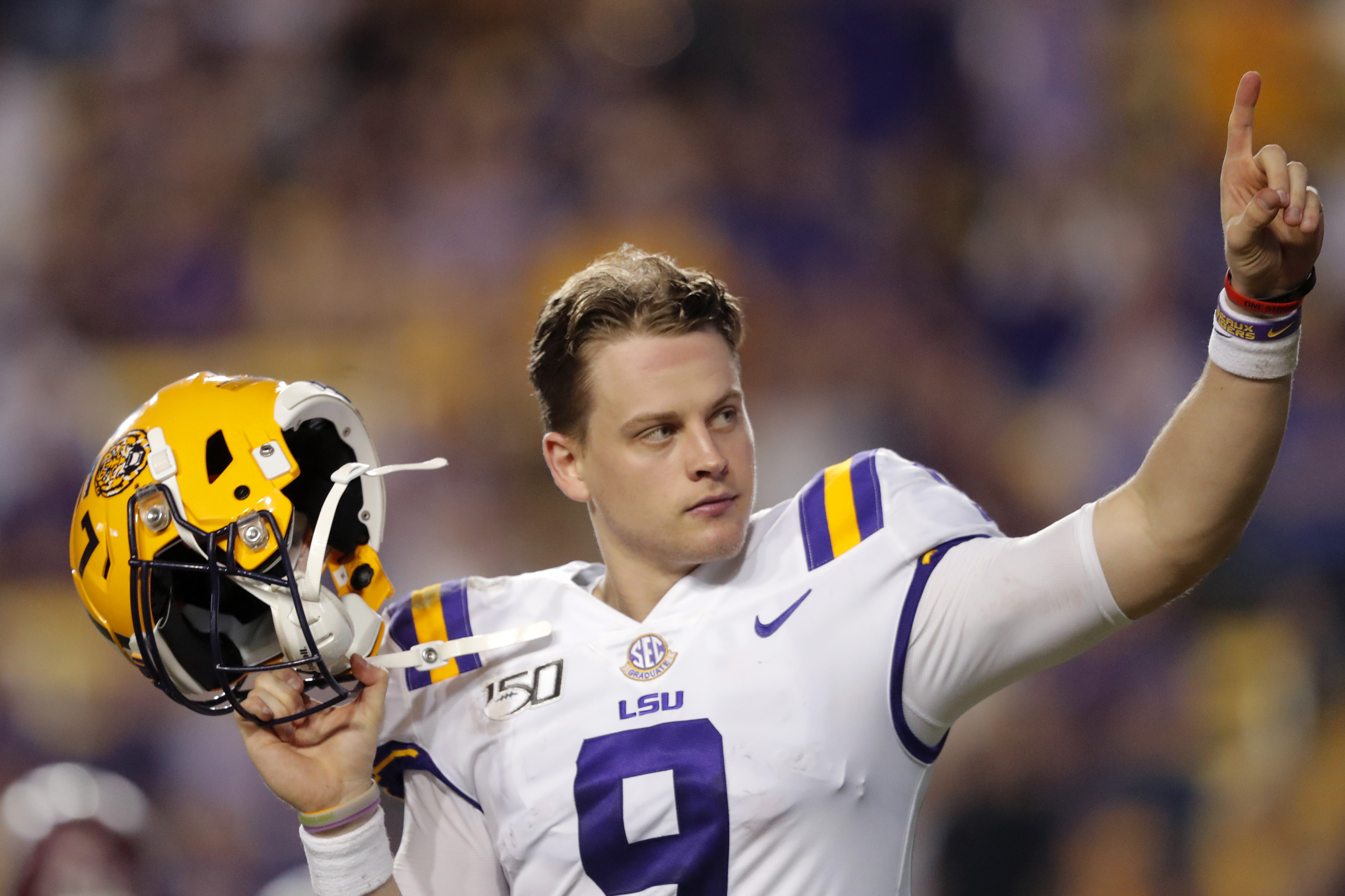Peyton Manning has serious advice, and a wisecrack, for Joe Burrow ...
