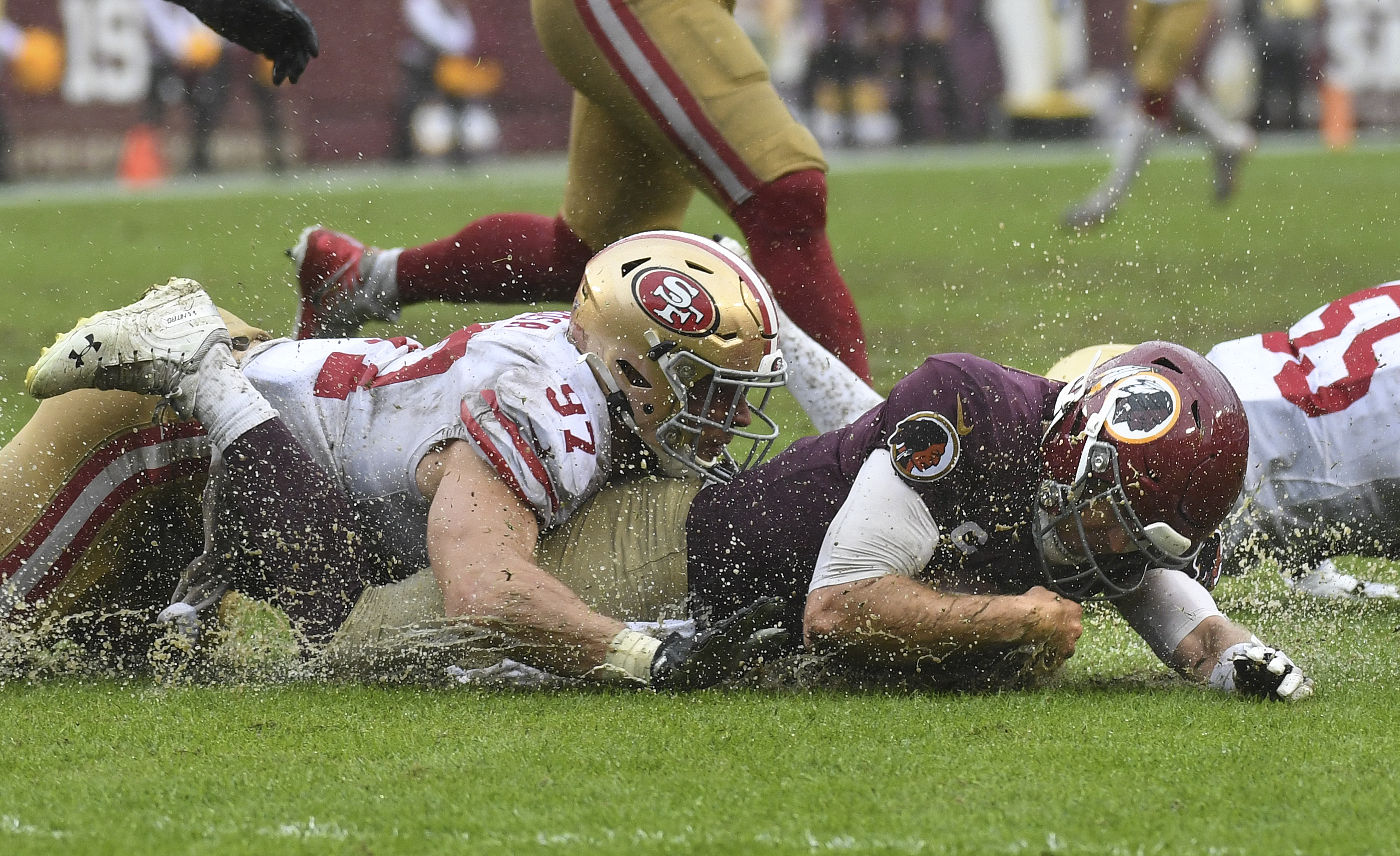 Redskins lose to 49ers, 9-0, in a sloppy, rain-soaked game - The Washington  Post
