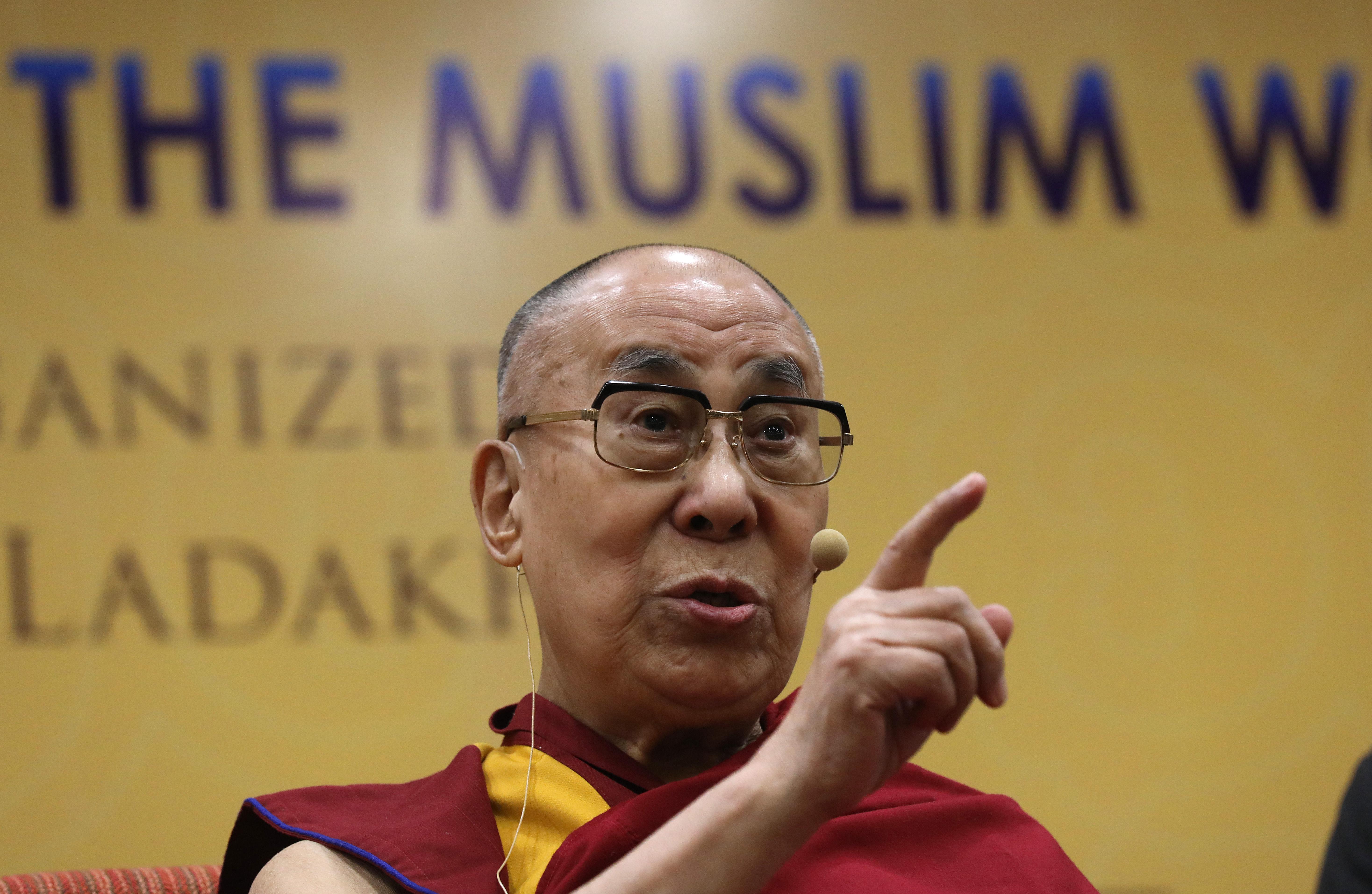 Dalai Lama Says Trump Has A Lack Of Moral Principle The Washington Post