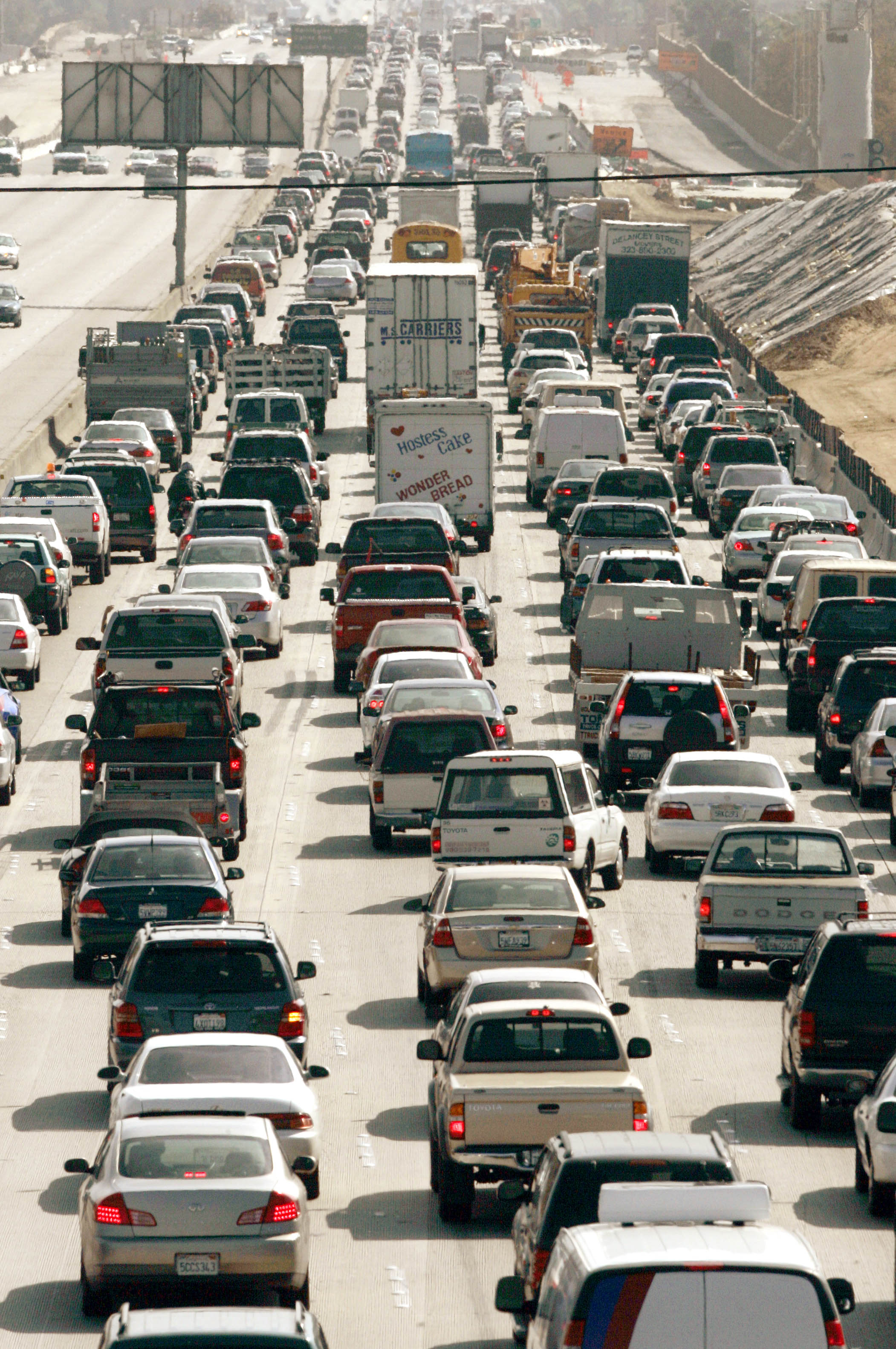 Trump administration to revoke California's power to set stricter auto emissions standards - The Washington Post