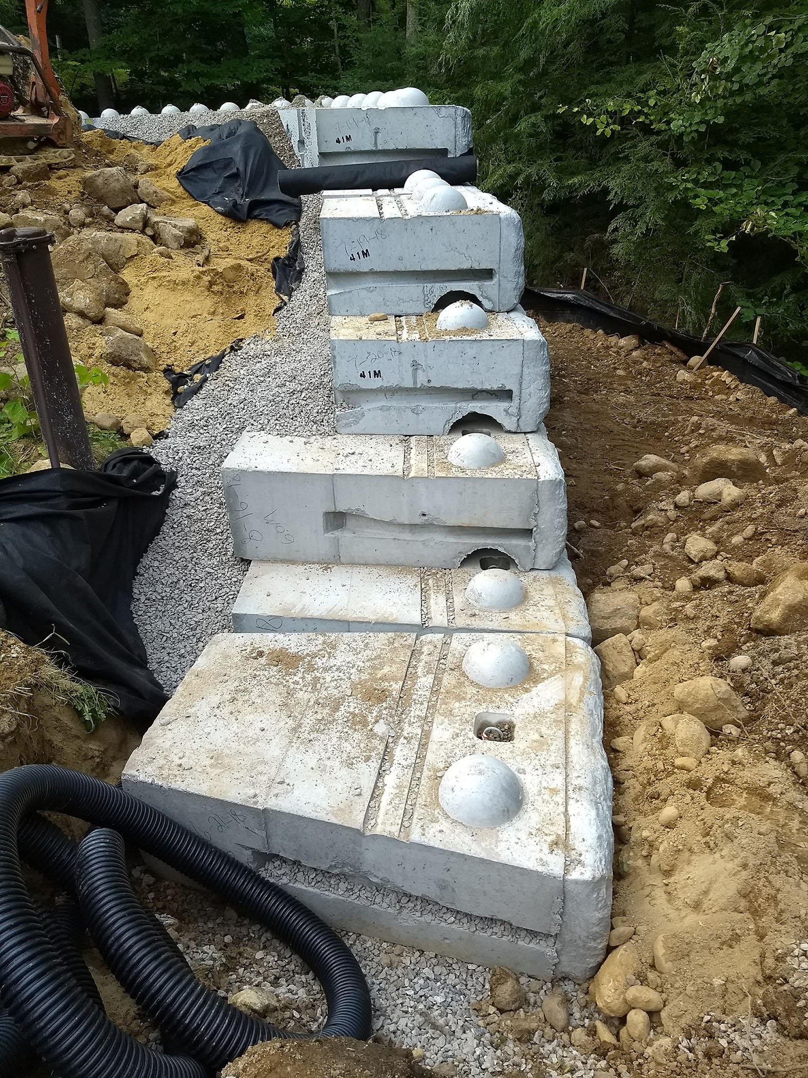 How To Build A Retaining Wall At Your Home That Will Last The