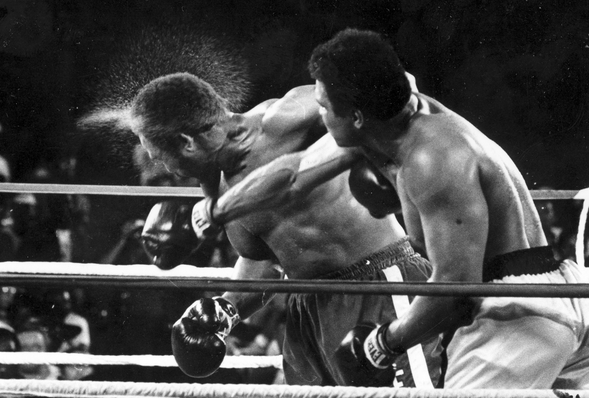 Rumble in the jungle 1974 Boxing Fight, George Foreman Zaire Muhammed Ali