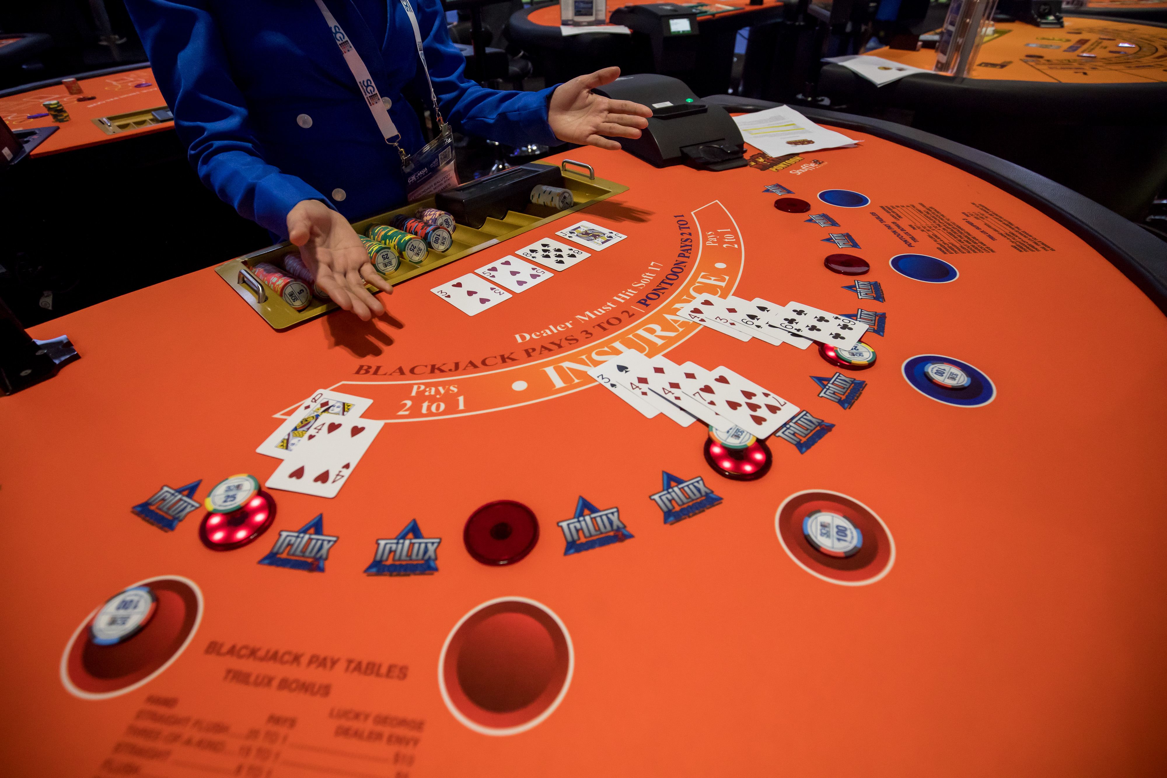 What Blackjack Teaches You About Your Saving Habits The
