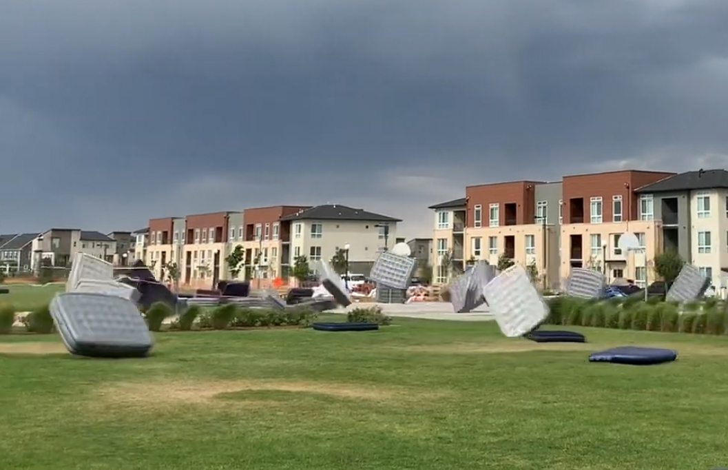 Air Mattresses Tumble Through The Wind Before Outdoor Movie Night In Denver Video The Washington Post