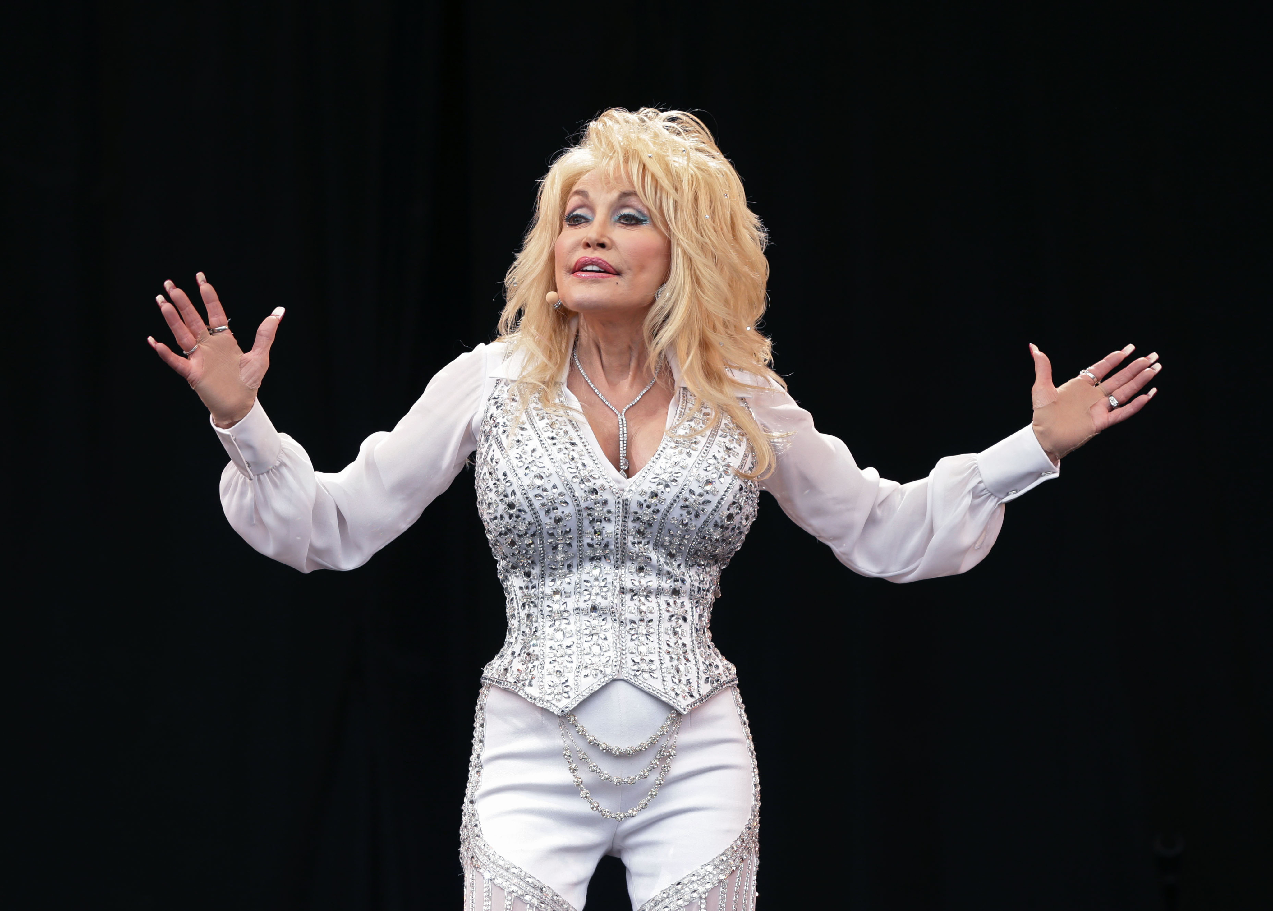 """WATCH: Dolly Parton Used Royalties from Whitney Houston's Rendition of """"I Will Always Love You"""" to Invest in Nashville's Black Community"""