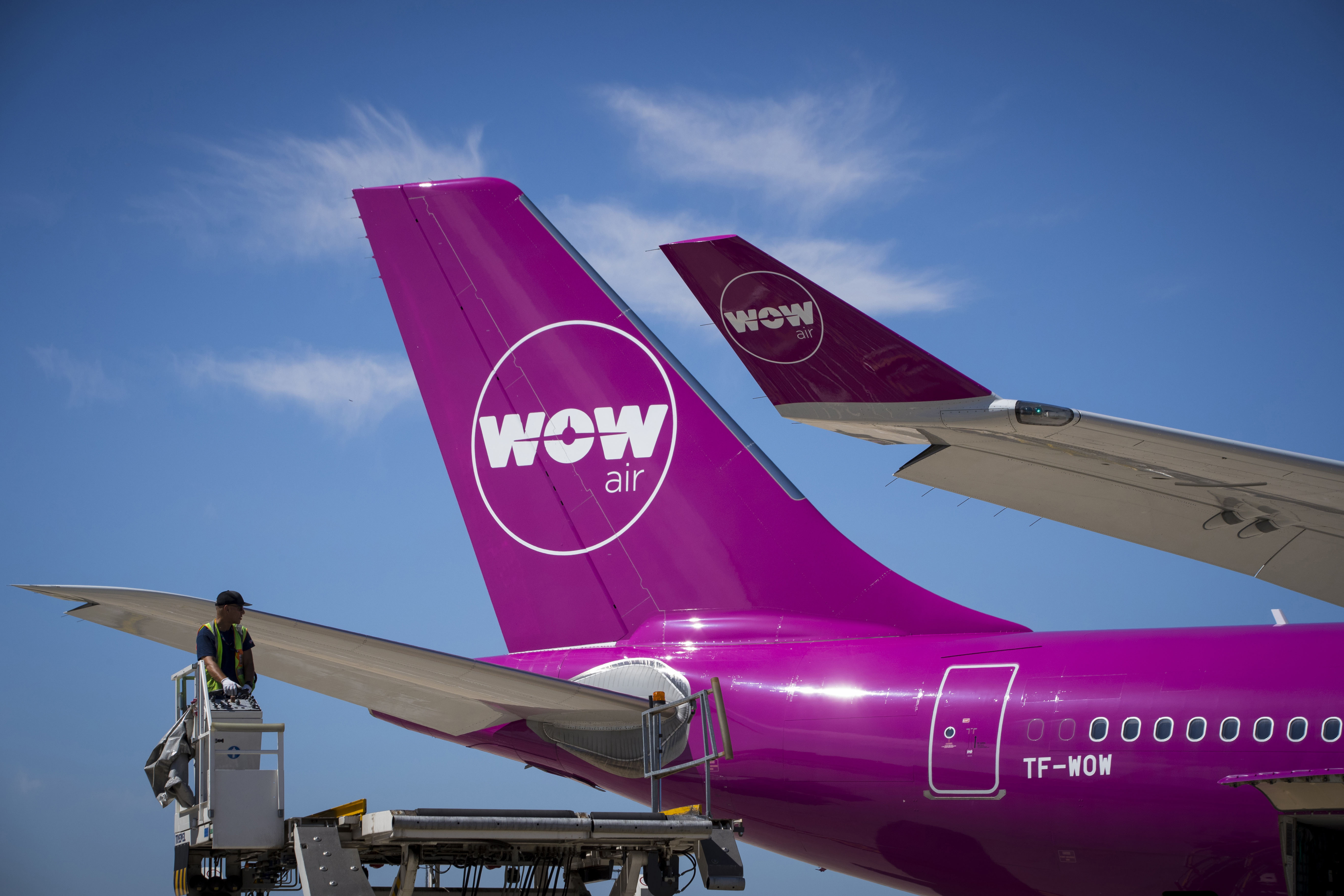 Wow Air shutdown: Stranded passengers in Iceland react to airline