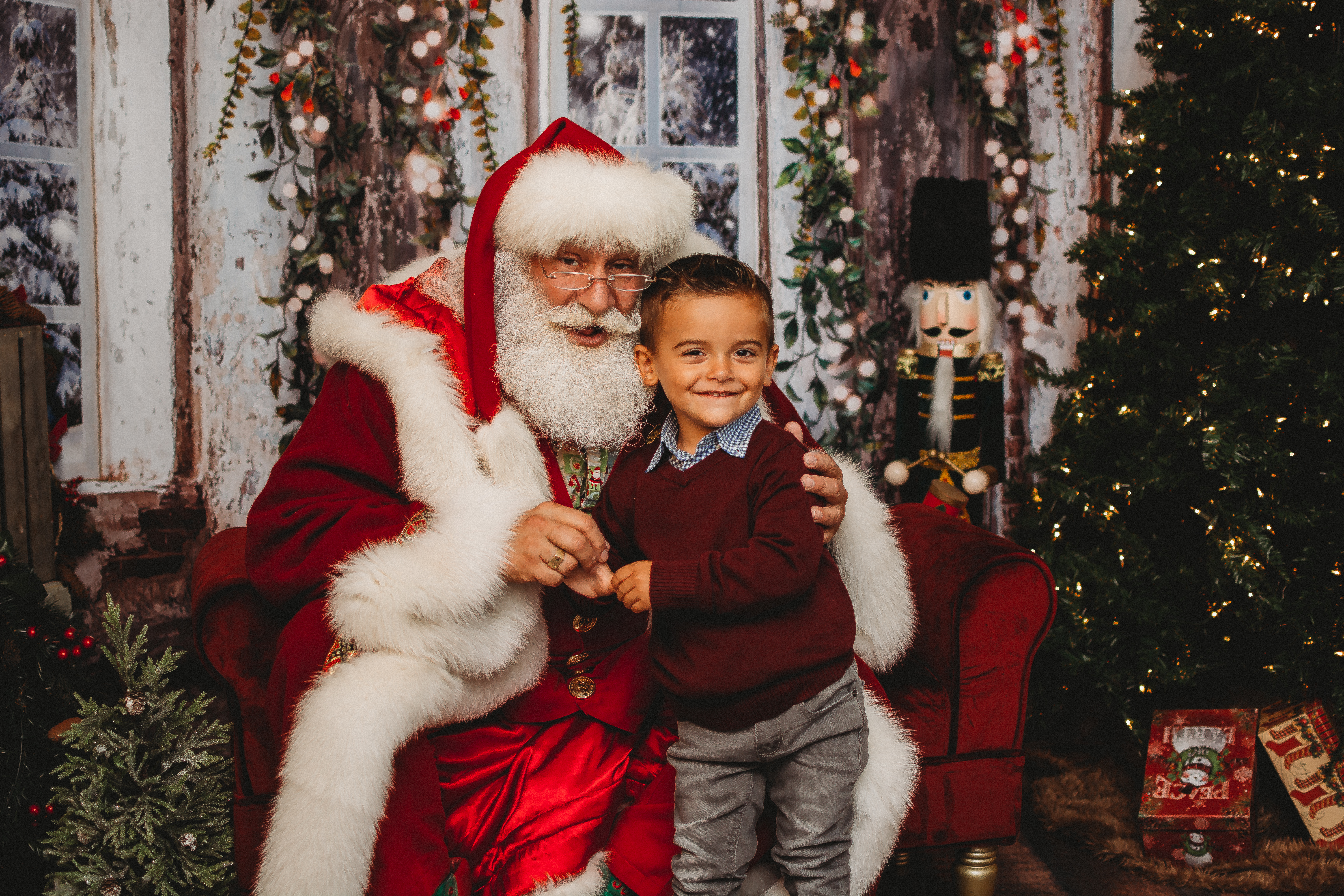 Christmas Events 2021 Nys The Real Santa Claus Lives In New York You Can Check His Id The Washington Post
