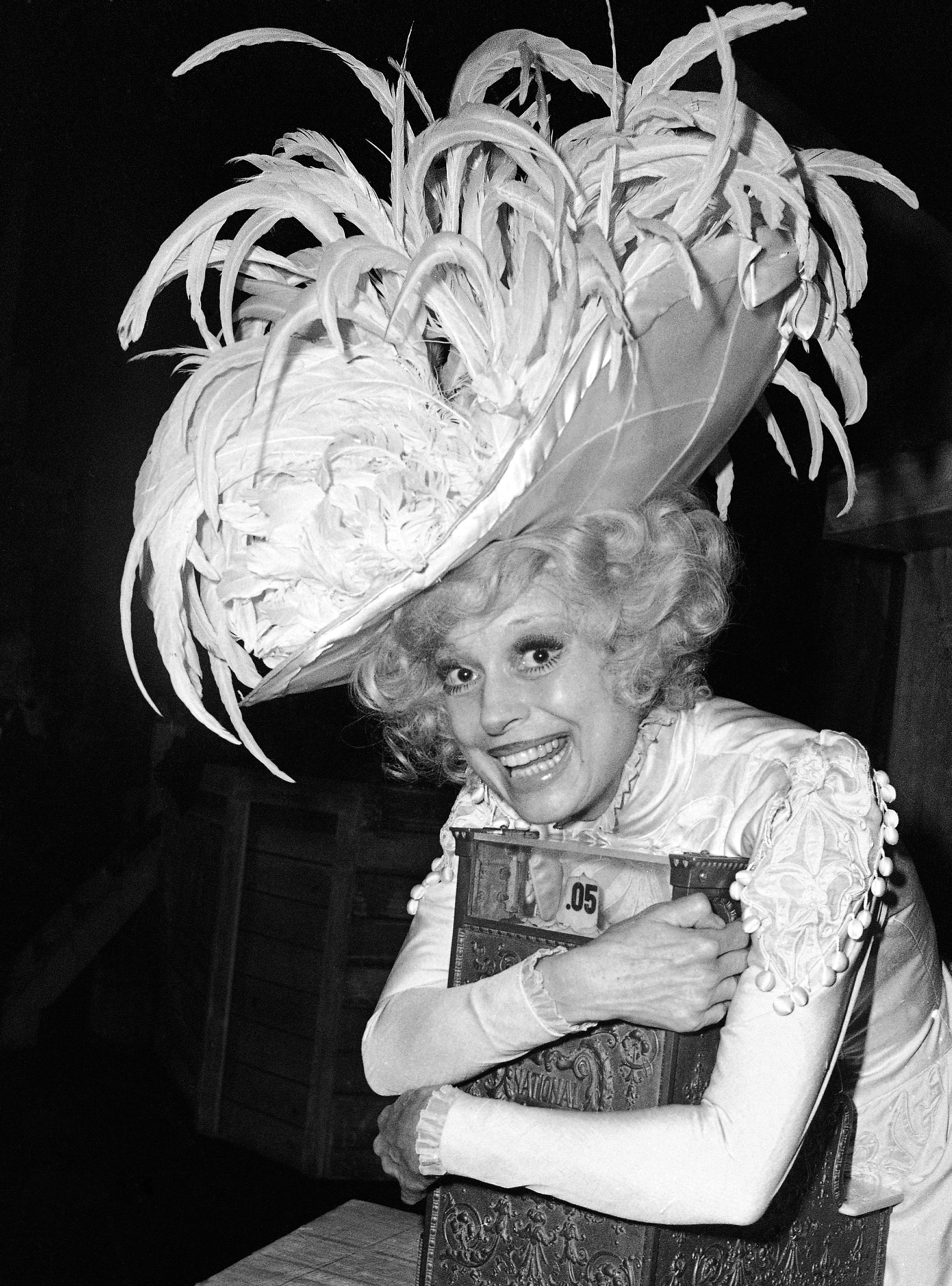 """Carol Channing in 1978 dressed in character for """"Hello, Dolly."""" (Ira Schwarz/AP)"""