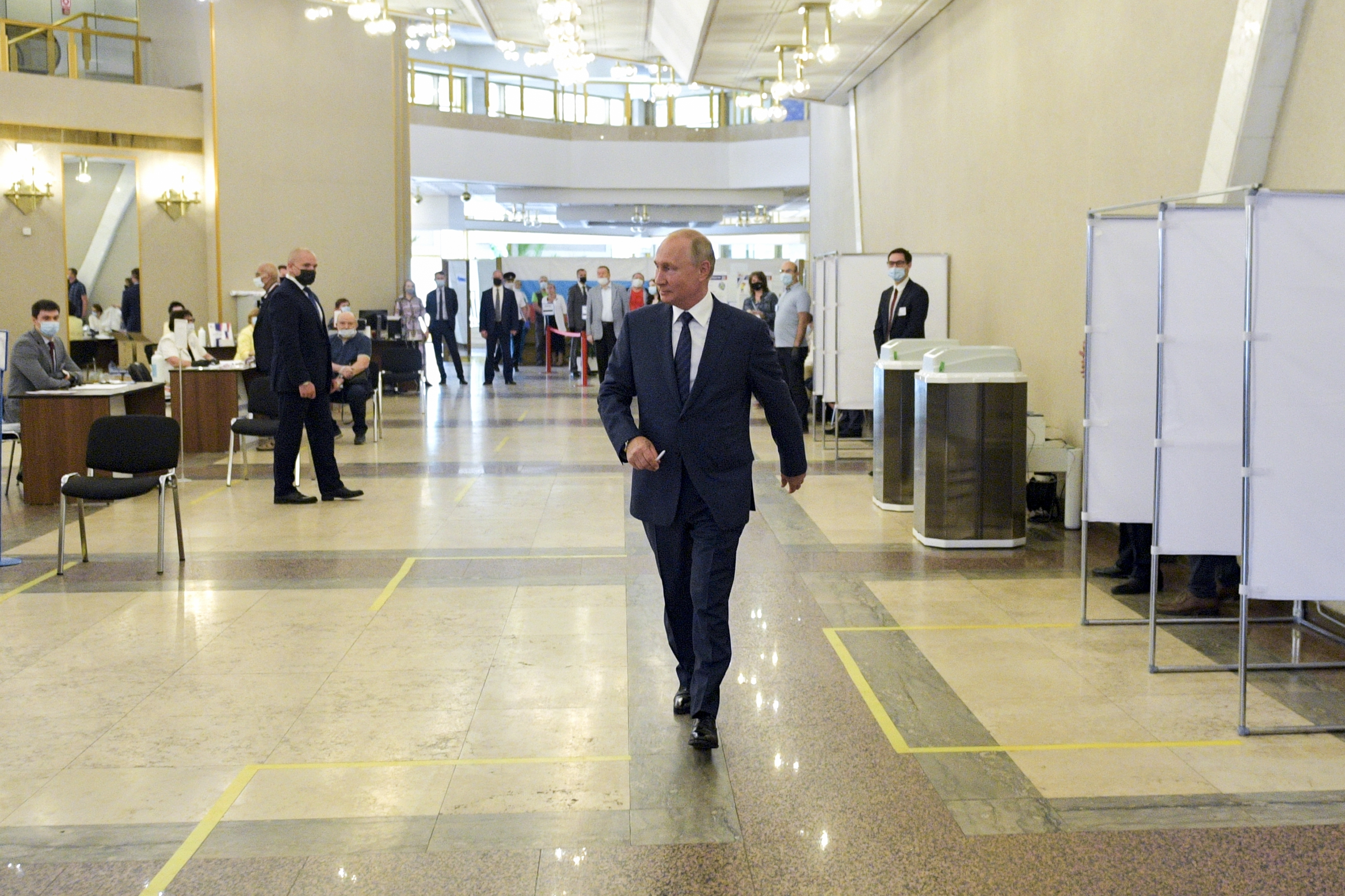 Putin S Term Limit Win Suggests Stagnation Not Strength The Washington Post