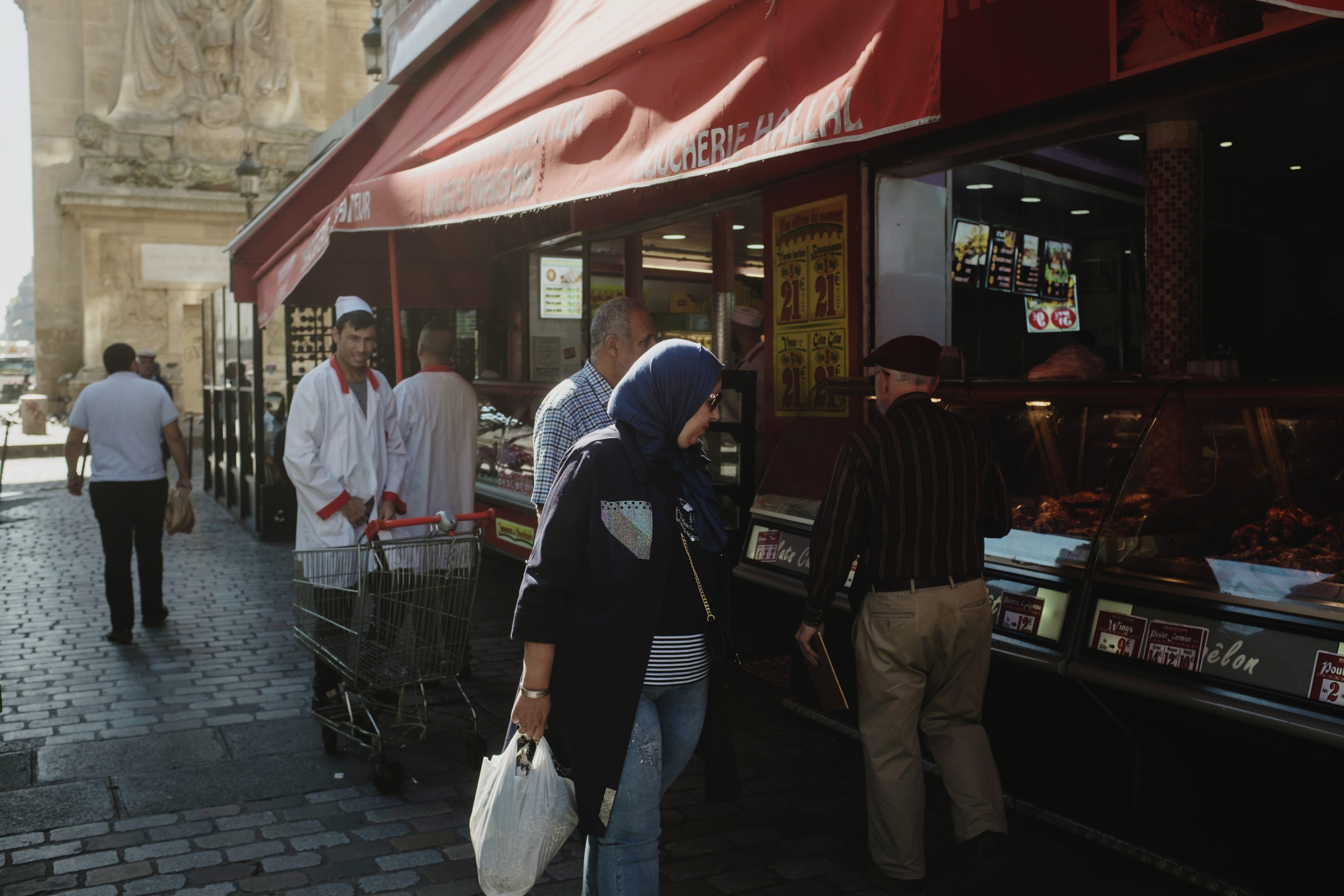 Why halal meat generates so much controversy in Europe - The