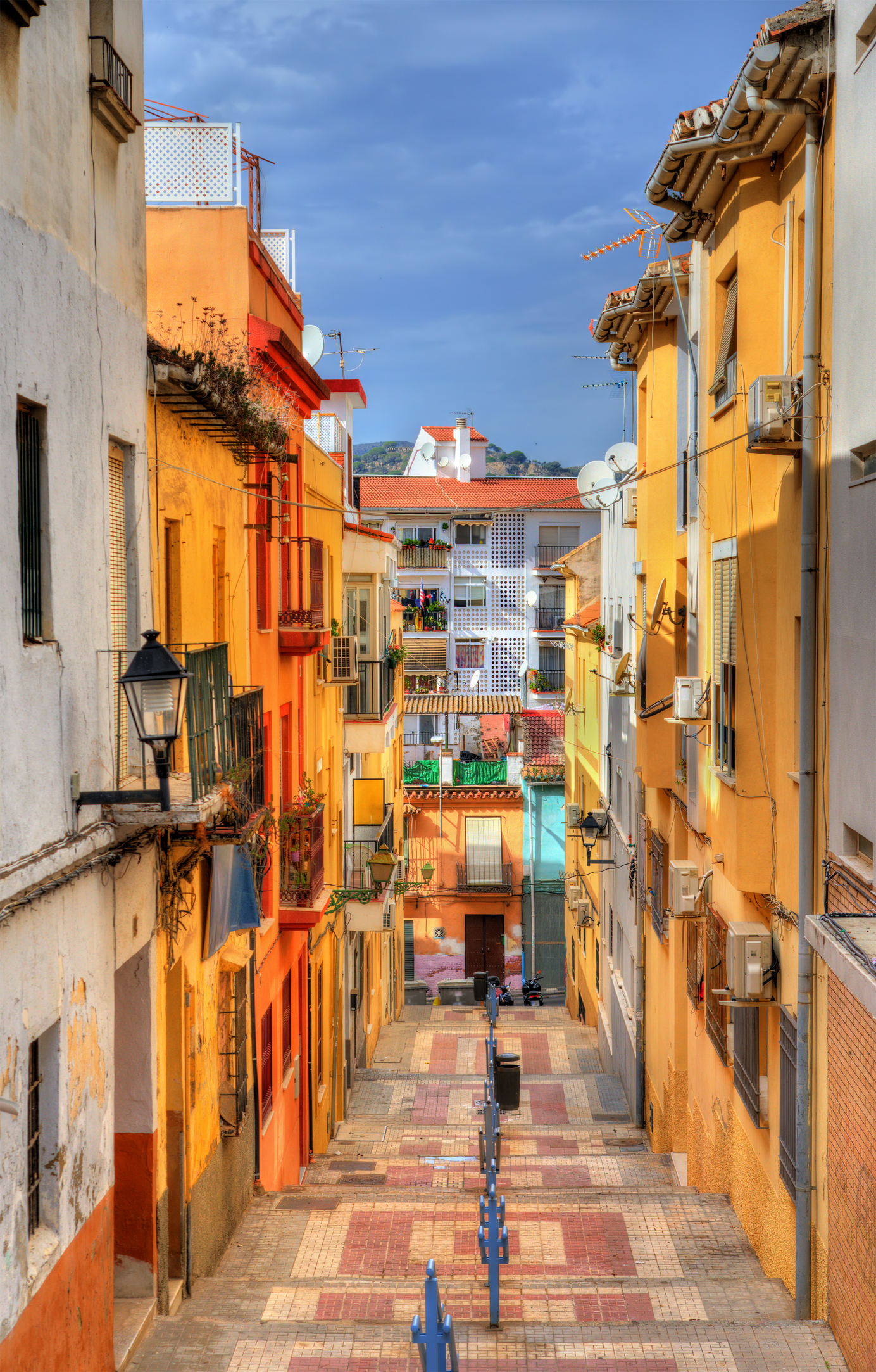 10 attractive cities that prove you can move overseas and