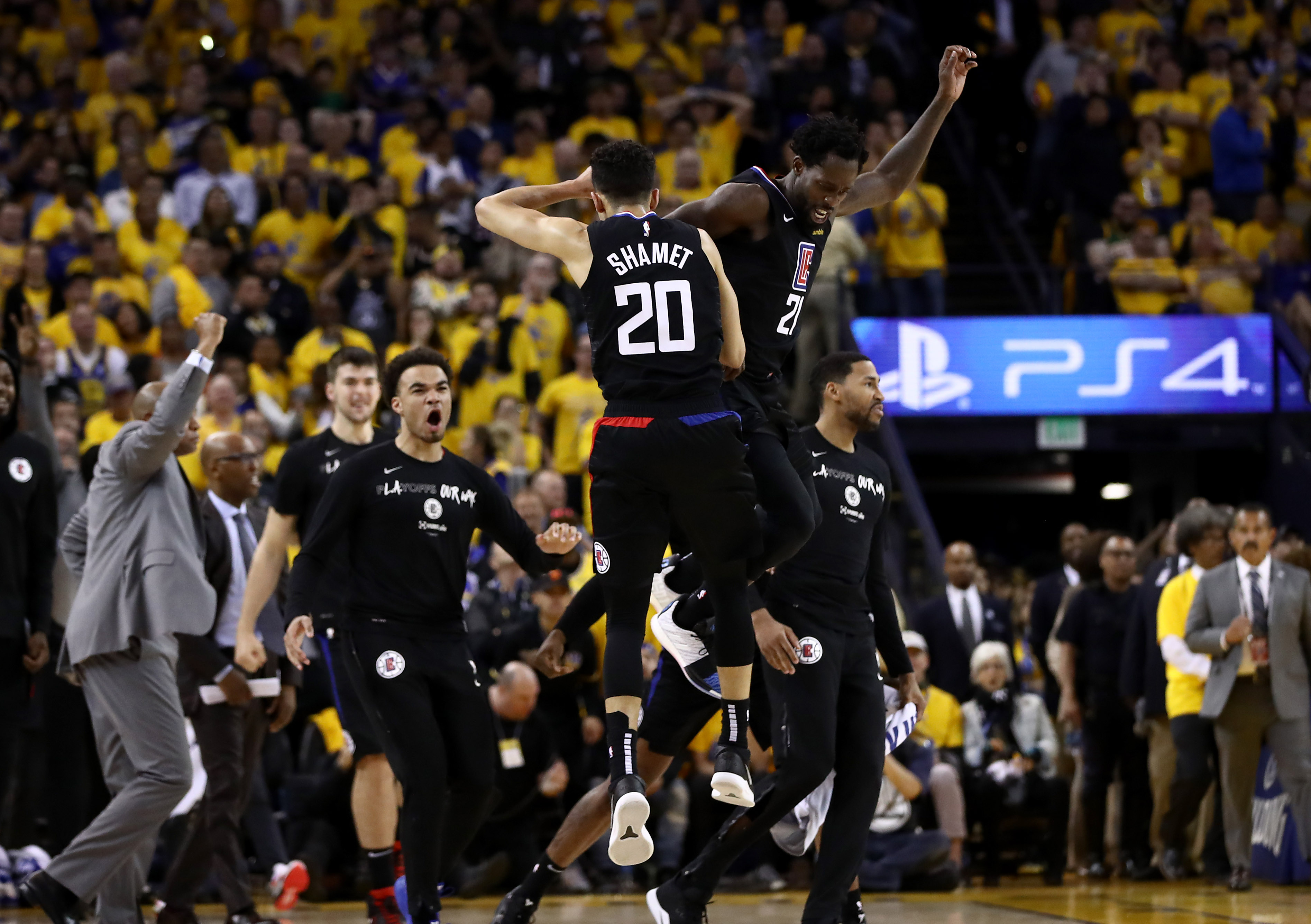 LA Clippers guard Landry Shamet of the LA Clippers is congratulated by Patrick Beverley after making a go-ahead jumper against the Golden State Warriors. (Ezra Shaw/Getty Images)