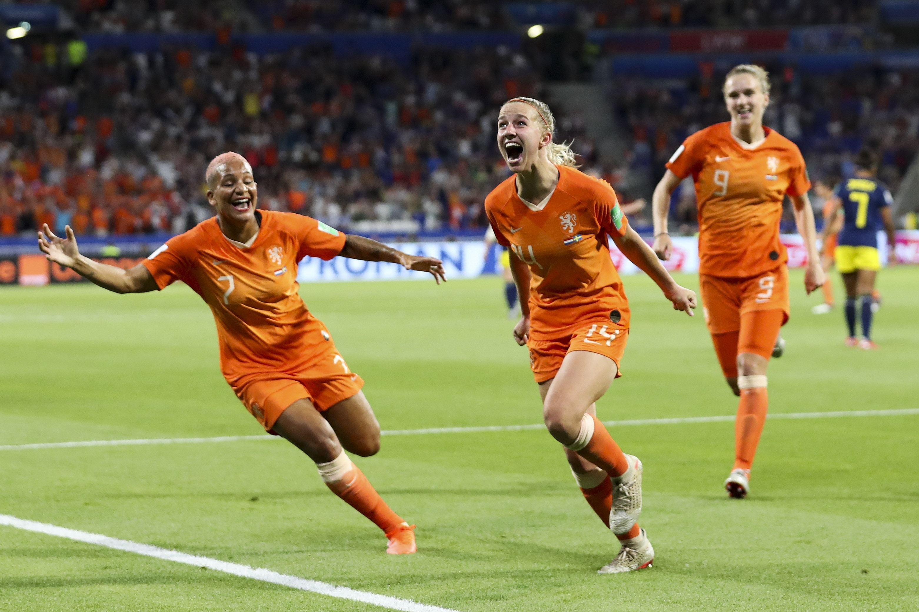 Netherlands vs  Sweden: Oranje wins, will play USA in its