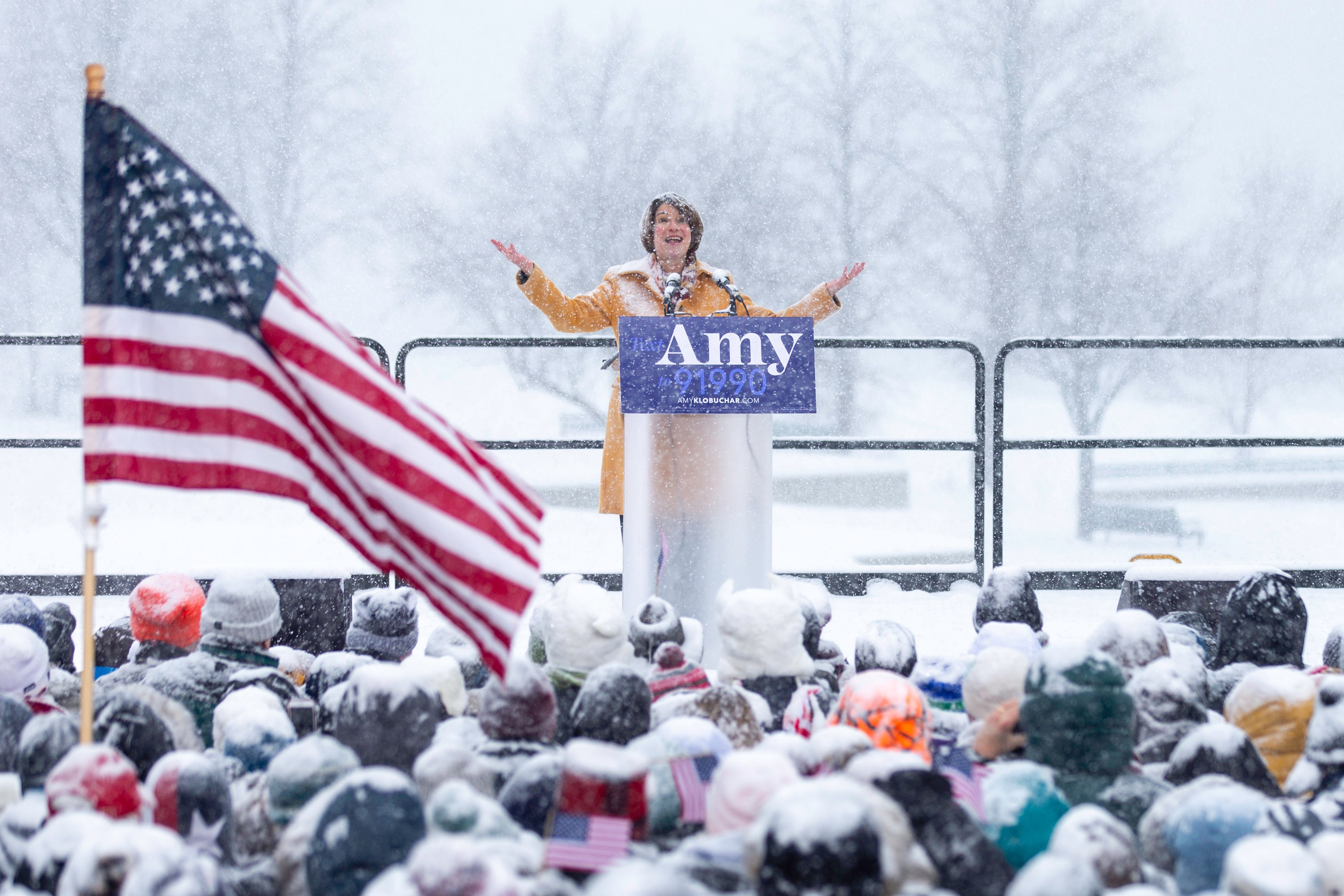 Amy Klobuchar launches her 2020 bid with a Wisconsin dig at Hillary Clinton